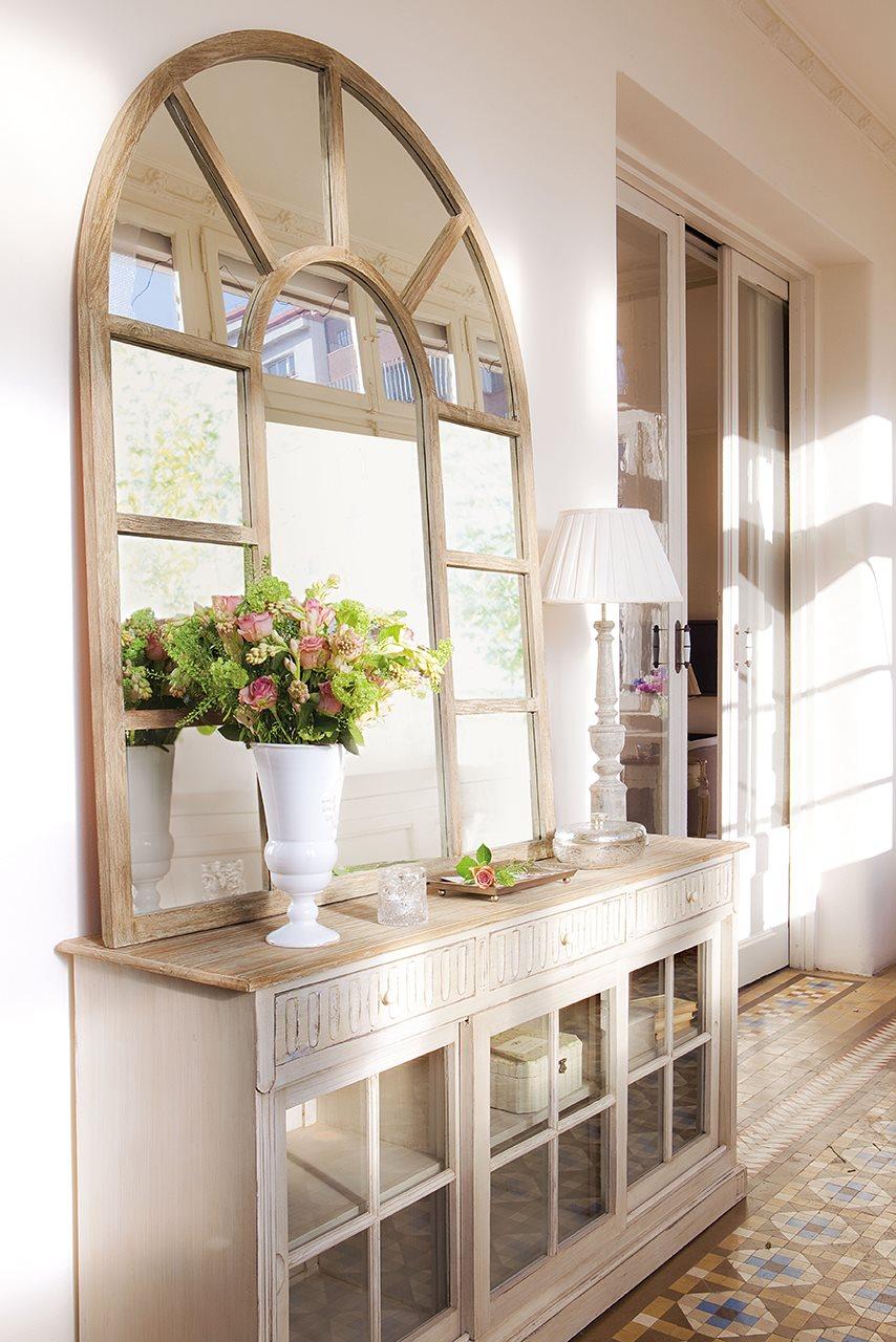 Ideas para reformar los recibidores - Como colocar un espejo encima de un aparador ...