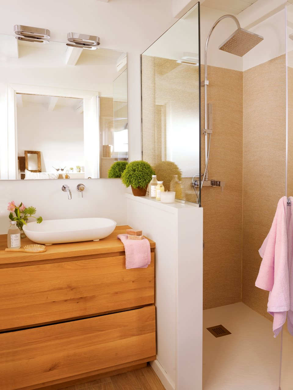 bao con muretes que separan el lavamanos de la ducha y water la ducha - Baos Pequeos Con Ducha