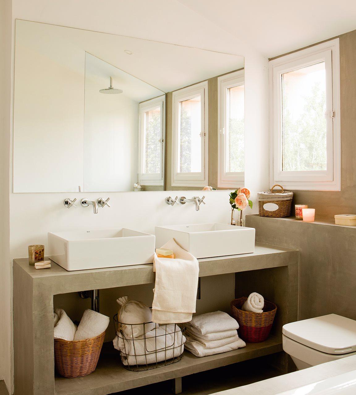 5 espacios mini que lo tienen todo - Lavamanos sobre encimera ...