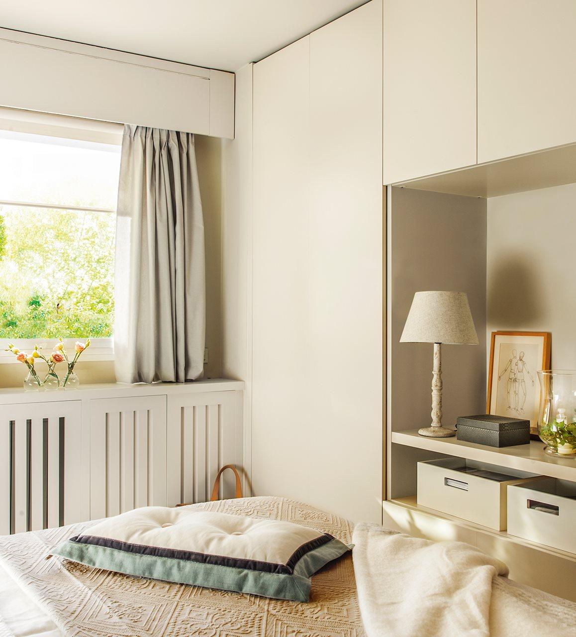 5 espacios mini que lo tienen todo - Armario bajo cama ...