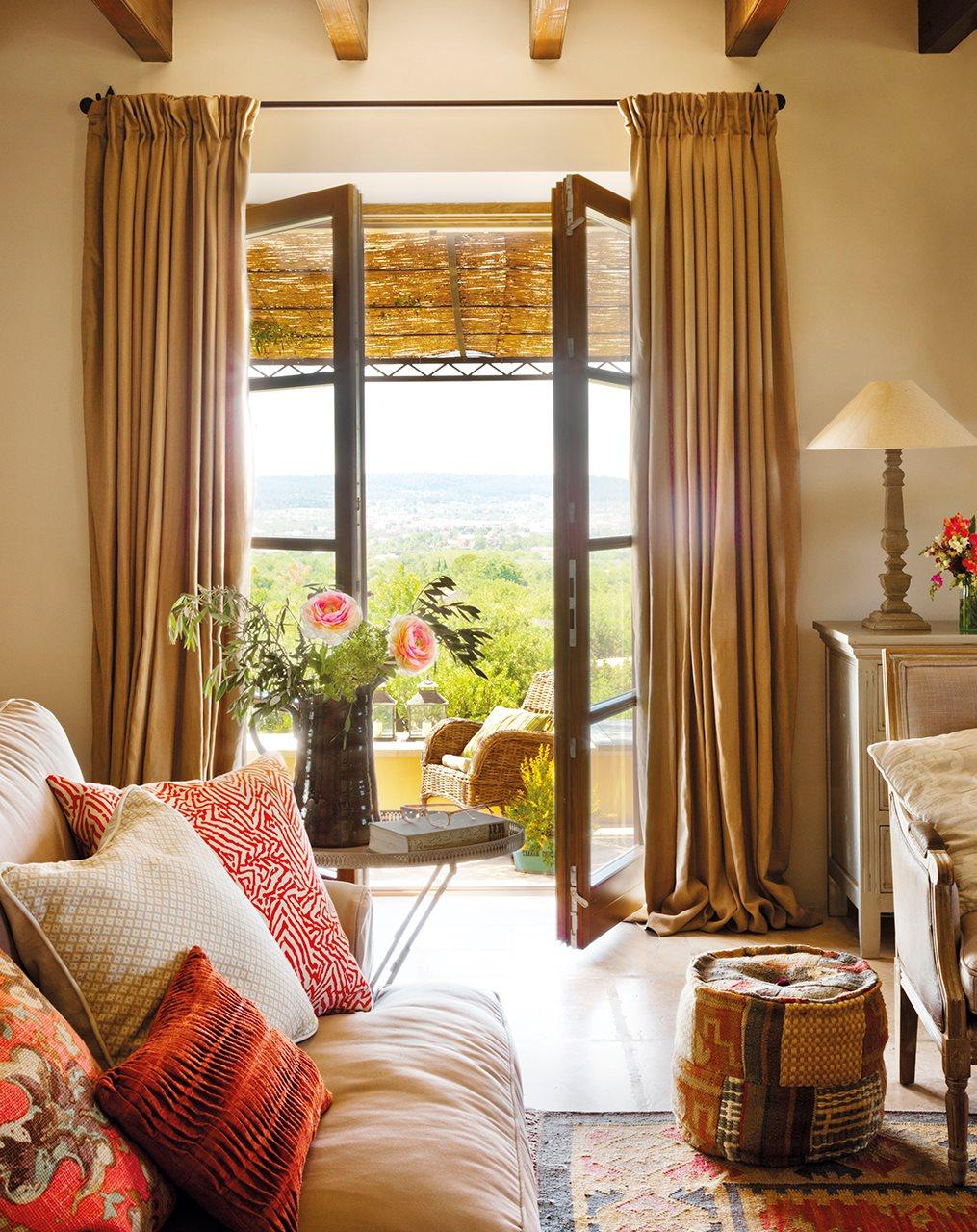 Elegir cortinas y acertar telas medidas y materiales - Cortinas salon rustico ...