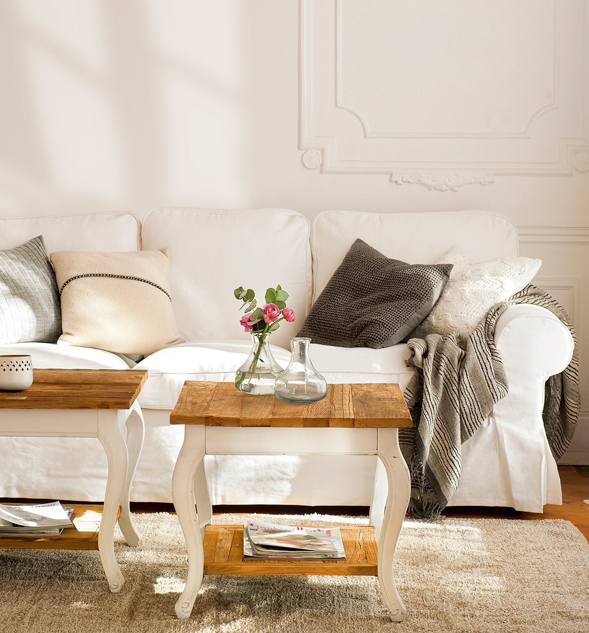 Retapizar muebles vale la pena - Sillones para recibidores ...