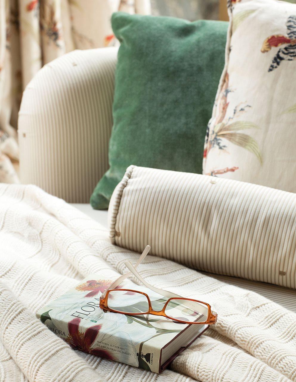 Ideas para decorar con telas for Lo ultimo en cortinas para dormitorios