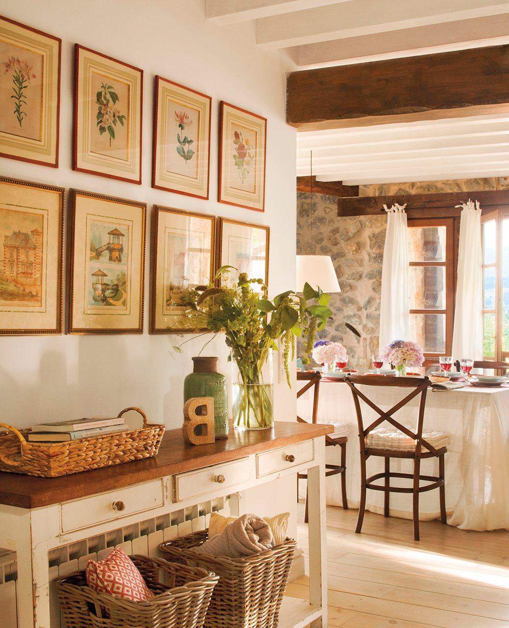 C mo decorar con cuadros y acertar for El mueble casas rusticas