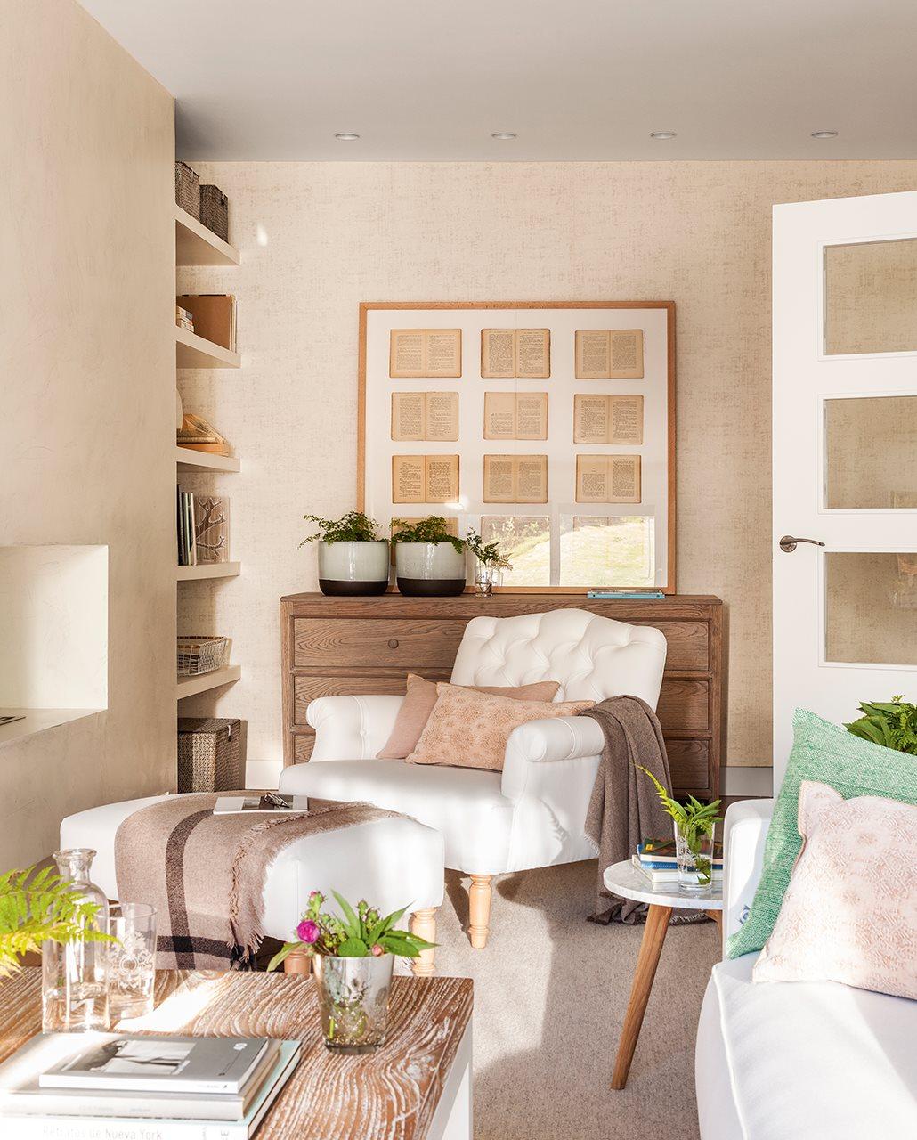 Una peque a casa muy bien aprovechada - Butacas pequenas para salon ...