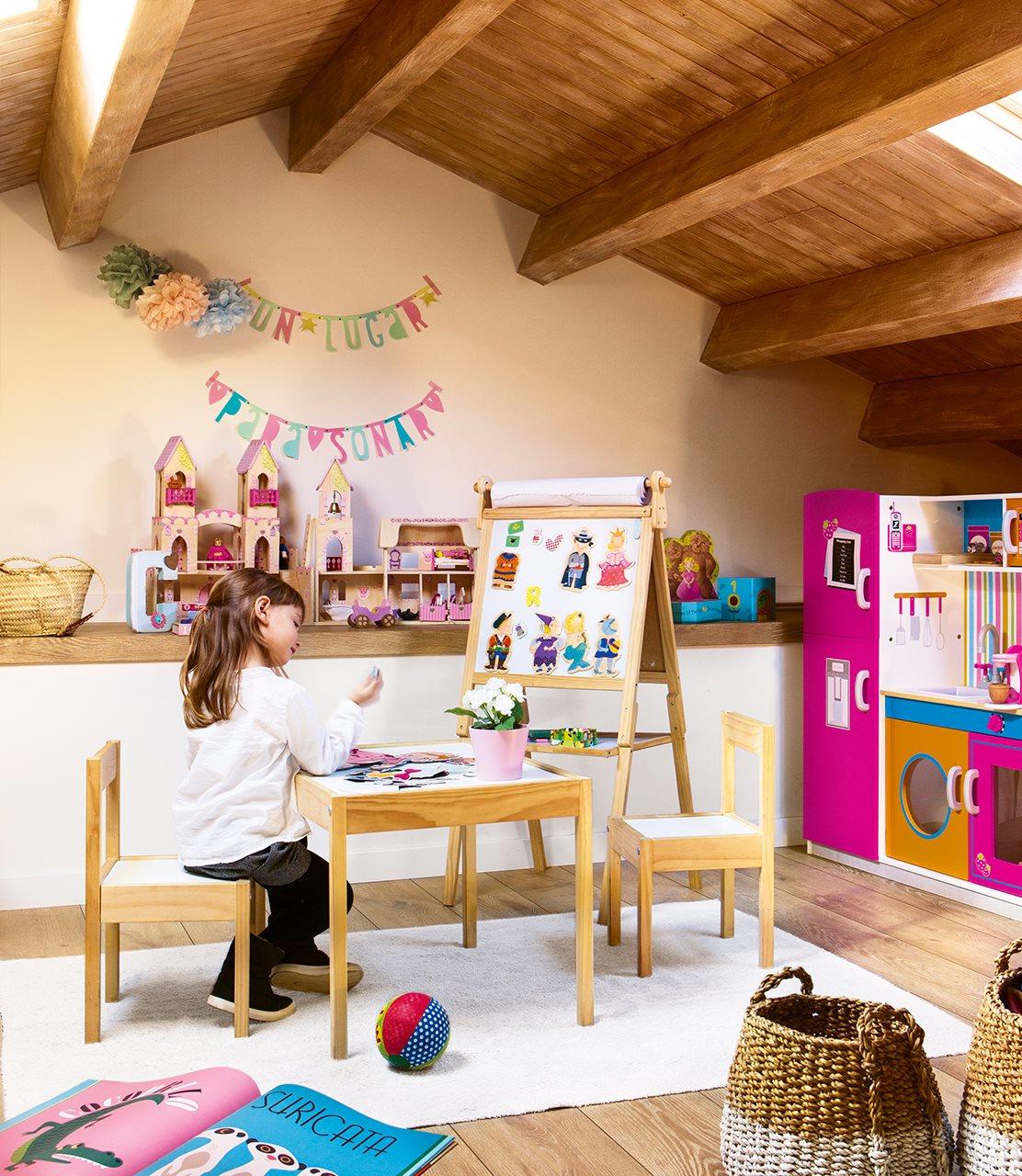 A falta de interiorista yo misma for Juego de dormitorio infantil