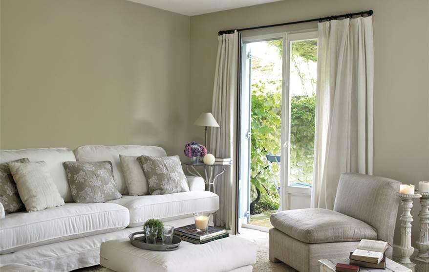 Cambia el color de tu casa - Colores grises para salones ...
