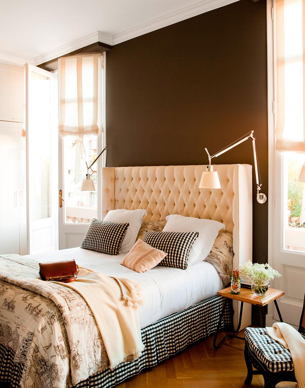 Dormitorios pr cticos y elegantes for Mesillas de habitacion