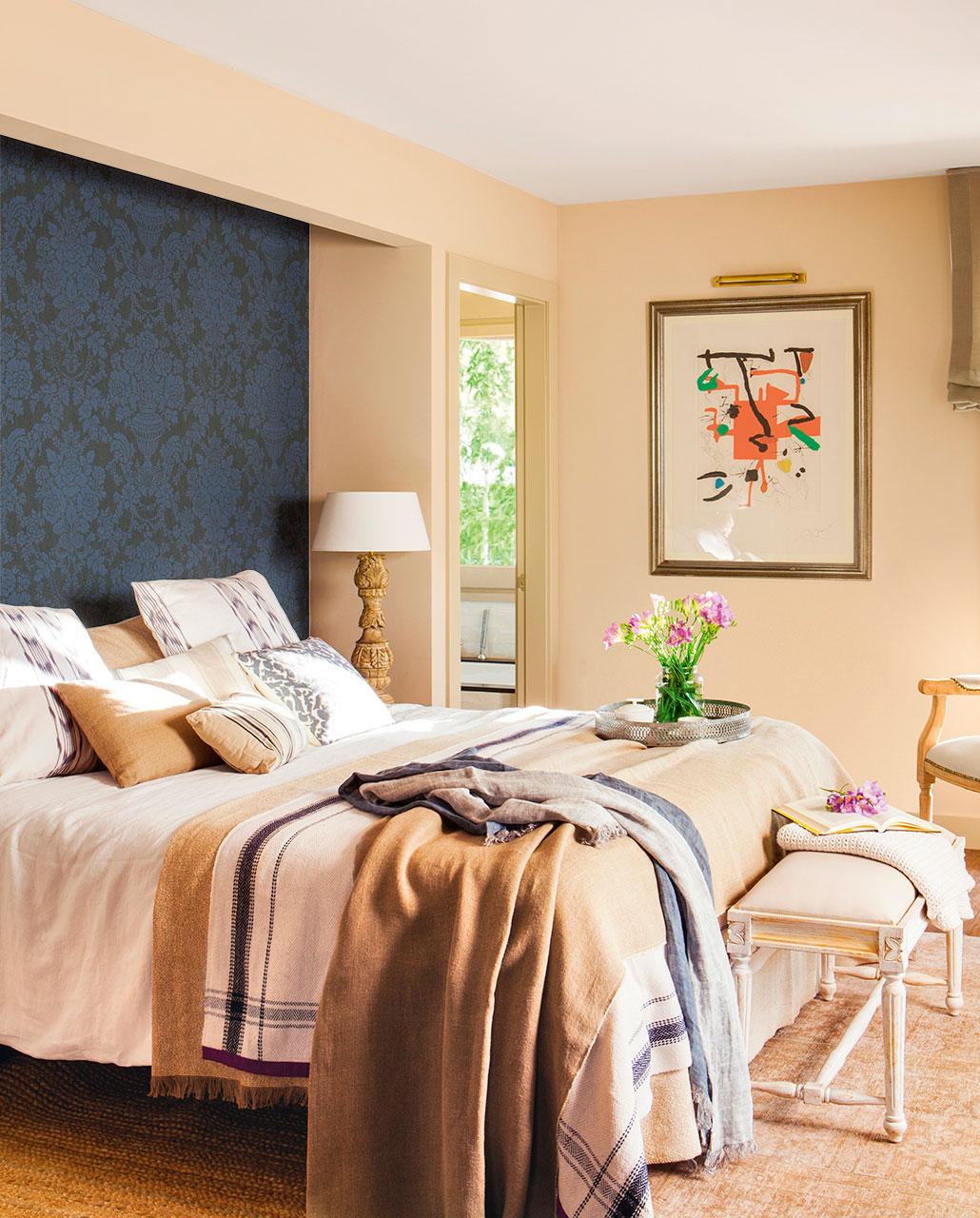 Dormitorios papel pintado best decoracin dormitorio papel - Papel pintado cabecero cama ...