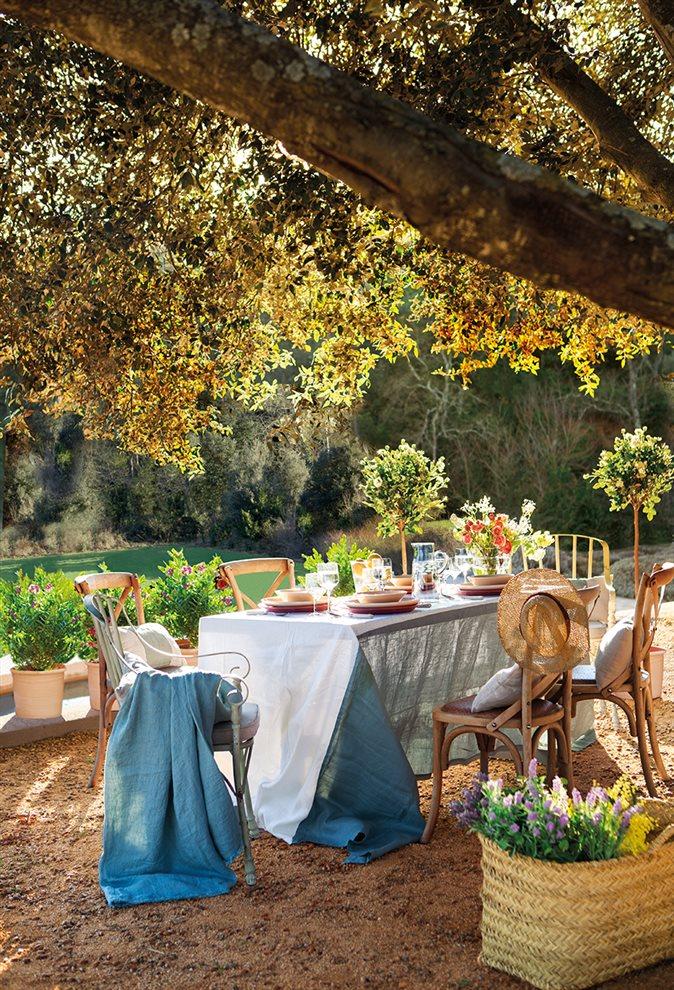 Luz y color como claves de una reforma r stica for Bajo con jardin majadahonda