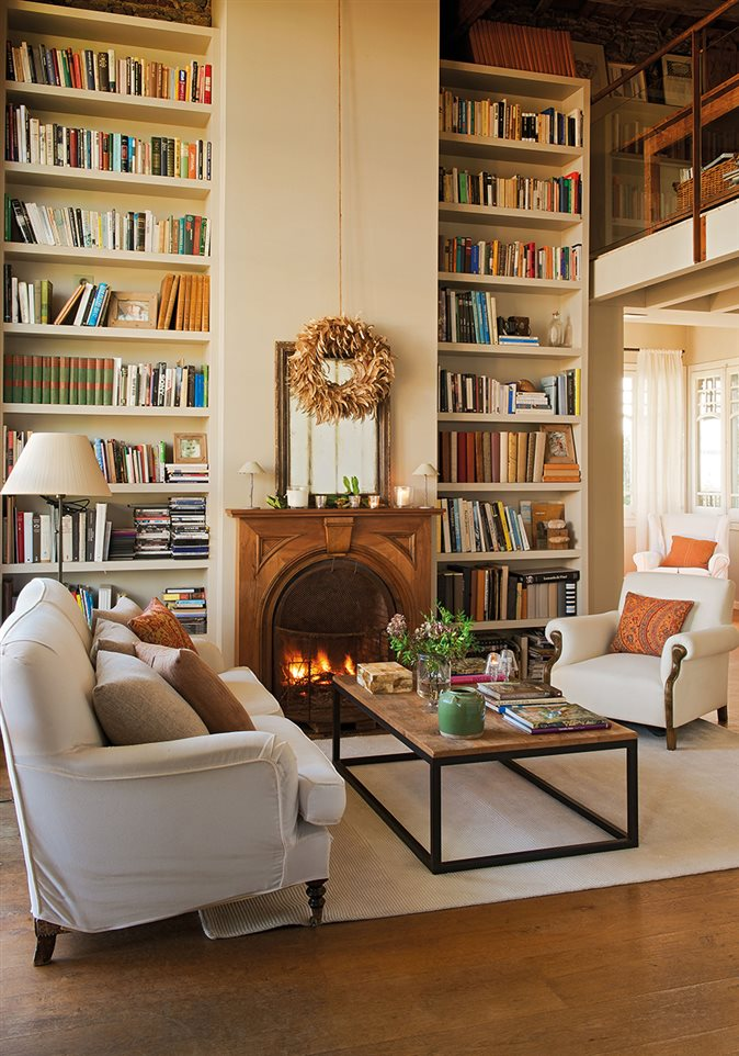La casa de una artista - Librerias salon blancas ...
