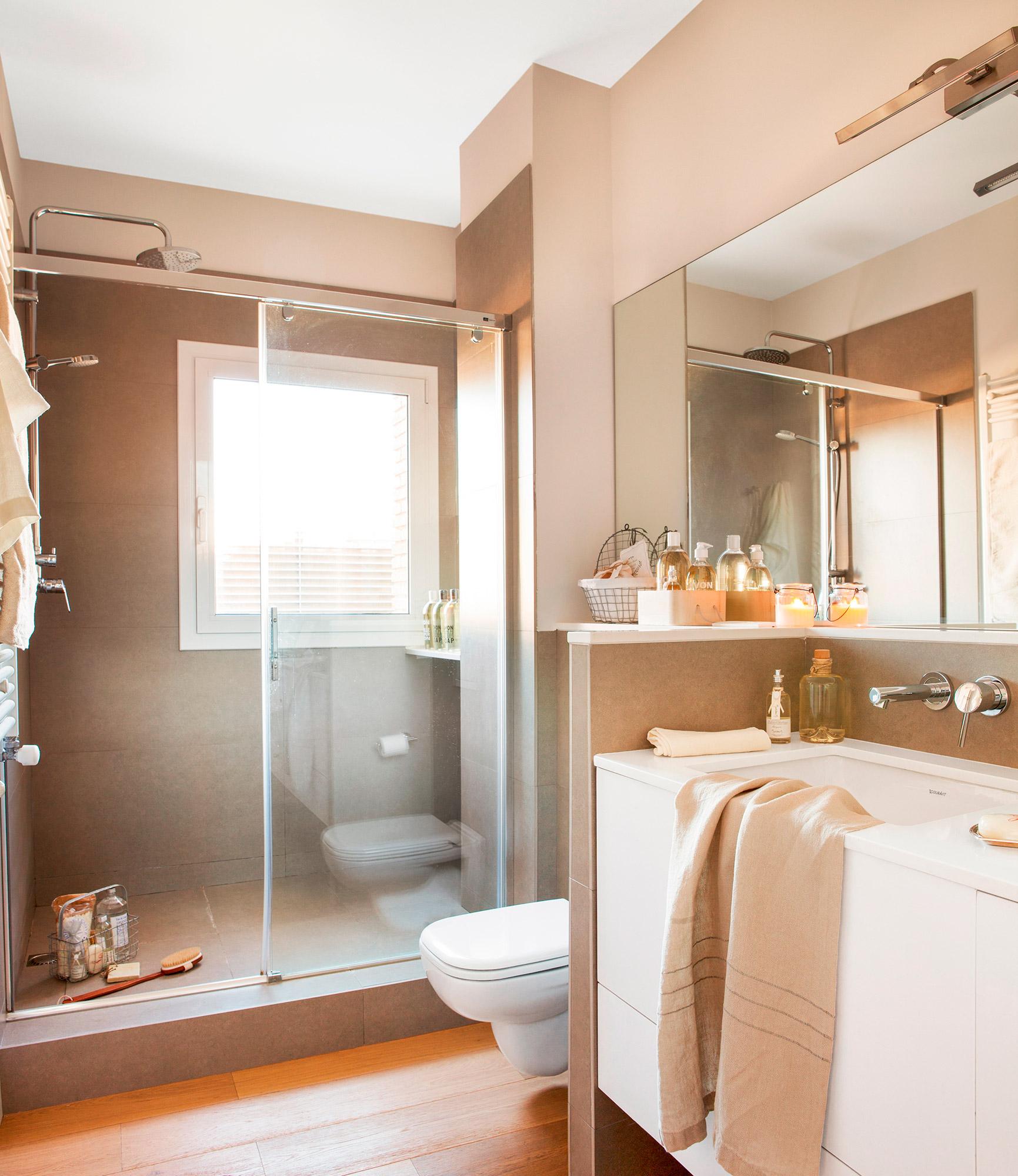 Orden en el ba o for Mueble para ducha