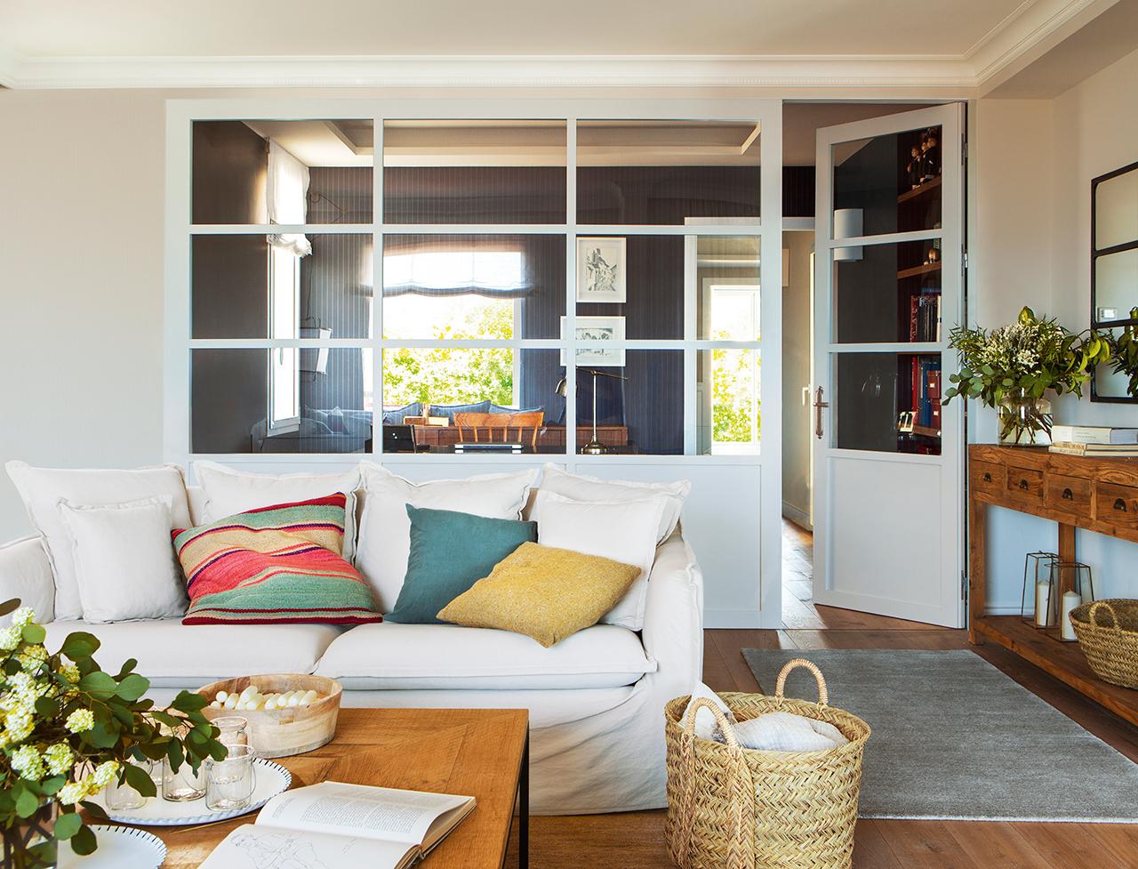 Reformar dos pisos antiguos y convertirlos en uno moderno - Salones antiguos ...