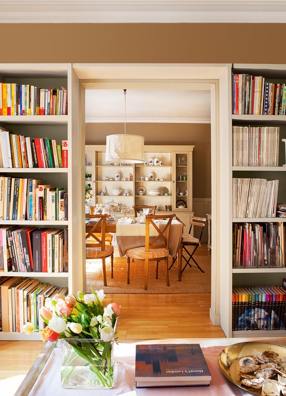 entramos en casa de nuestra compa era directora de labores del hoga. Black Bedroom Furniture Sets. Home Design Ideas