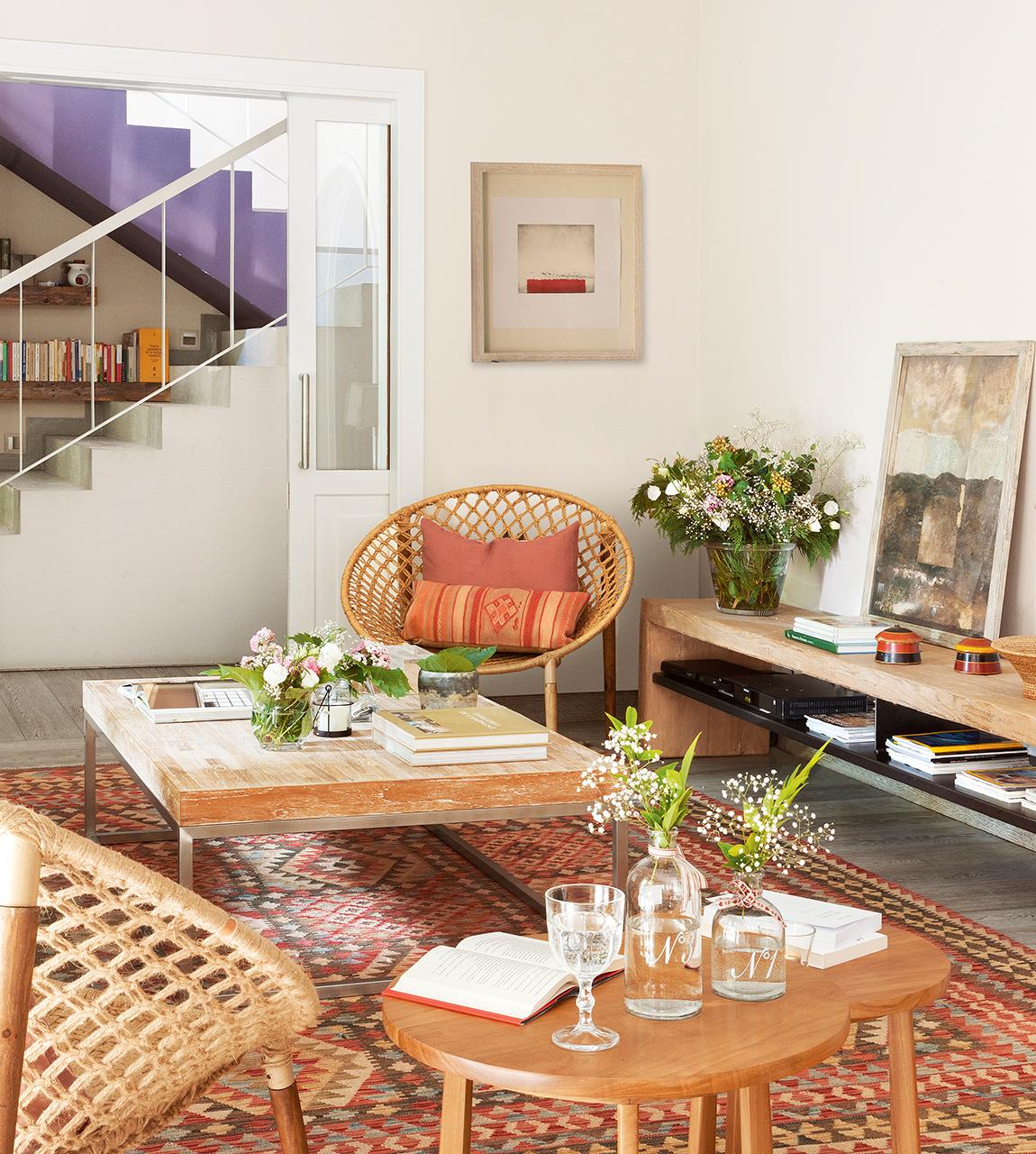 Reformar un piso para darle una segunda oportunidad for Mesas de centro y auxiliares