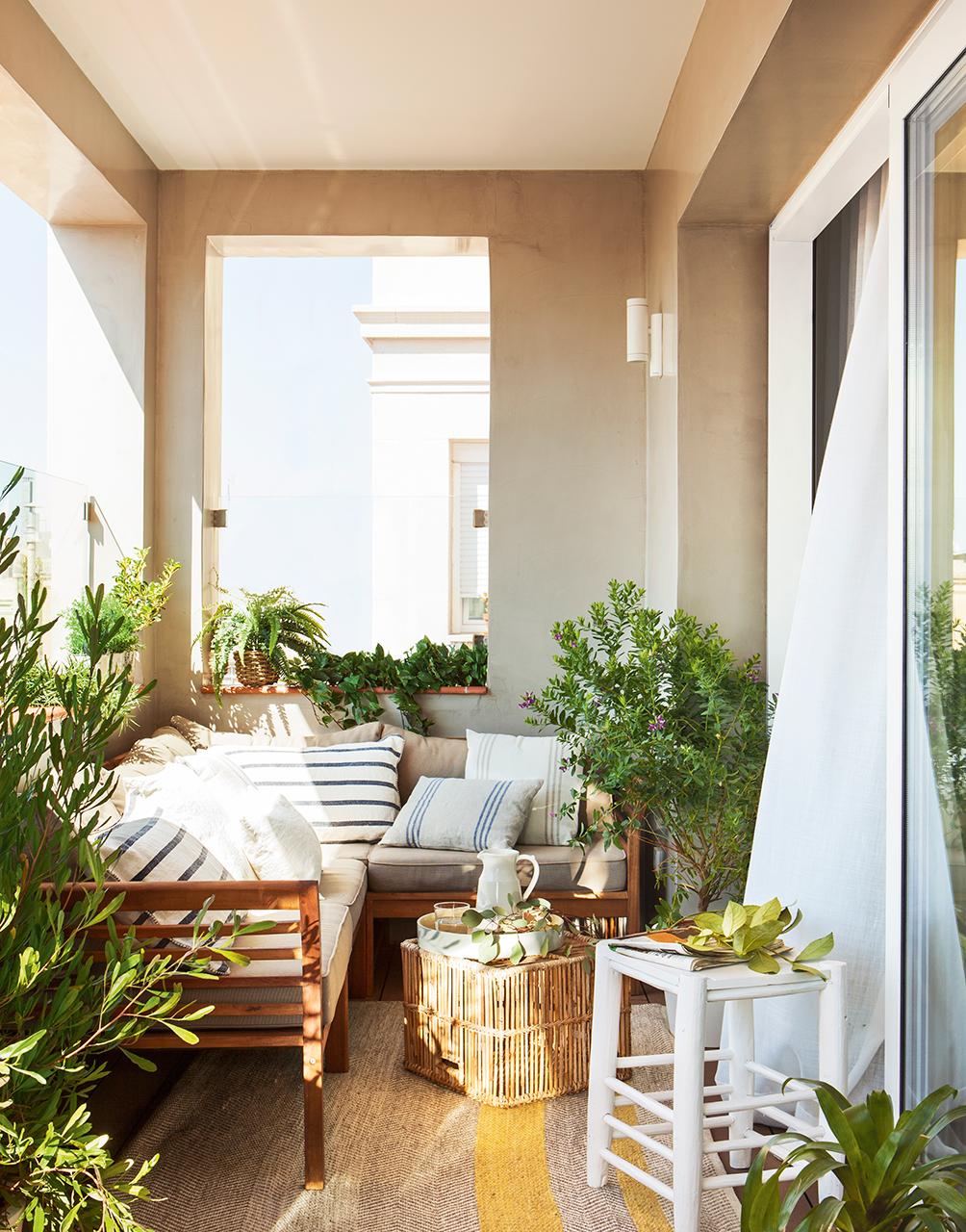 Reformar dos pisos antiguos y convertirlos en uno moderno for Reformas de pisos antiguos