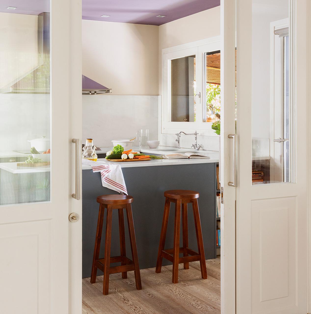 Reformar un piso para darle una segunda oportunidad for Puertas para cocina