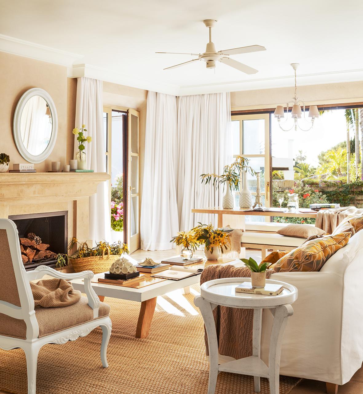 Un cortijo de lujo en marbella for Muebles para decorar living
