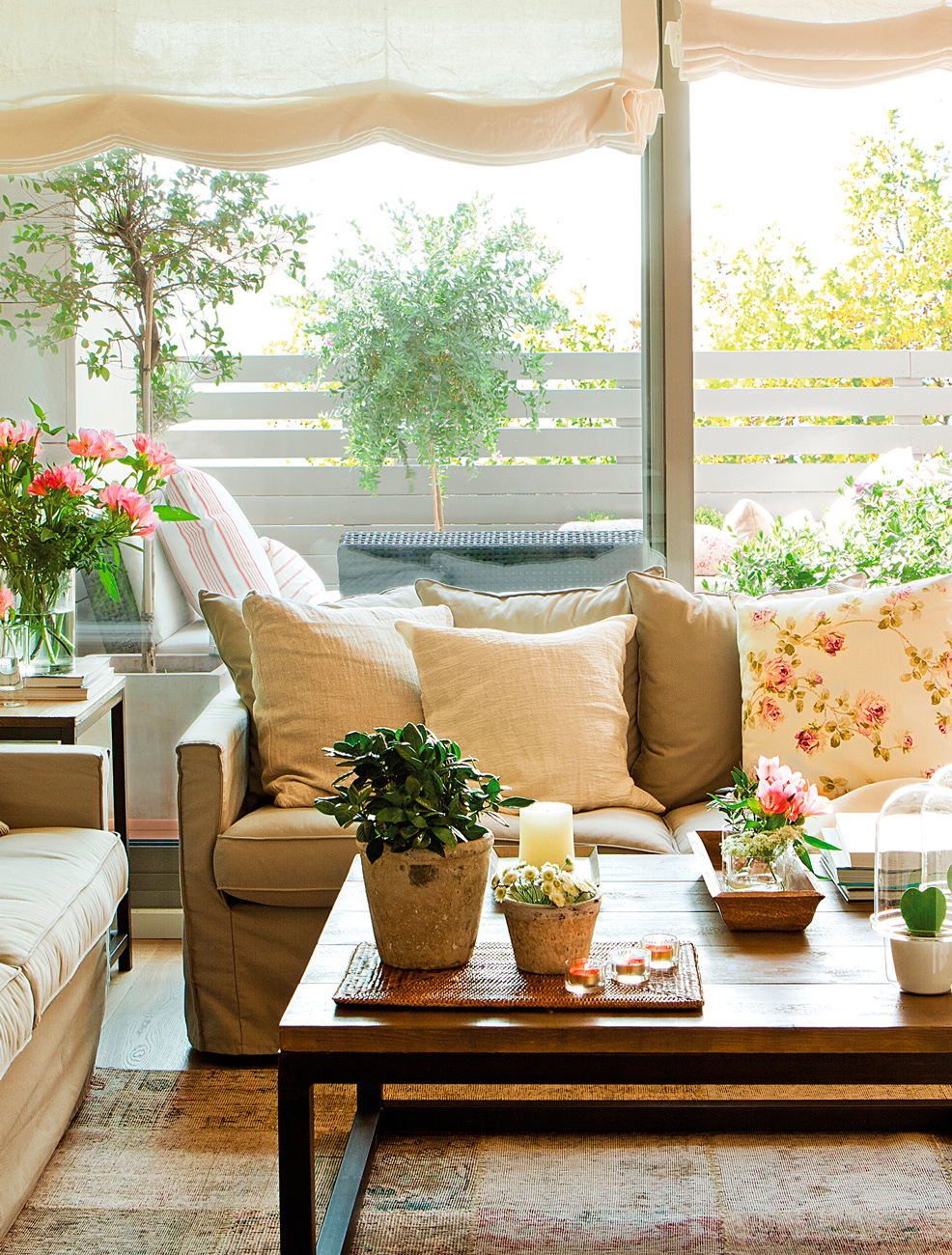 4 interiores conectados con la terraza - Cojines para sillas terraza ...