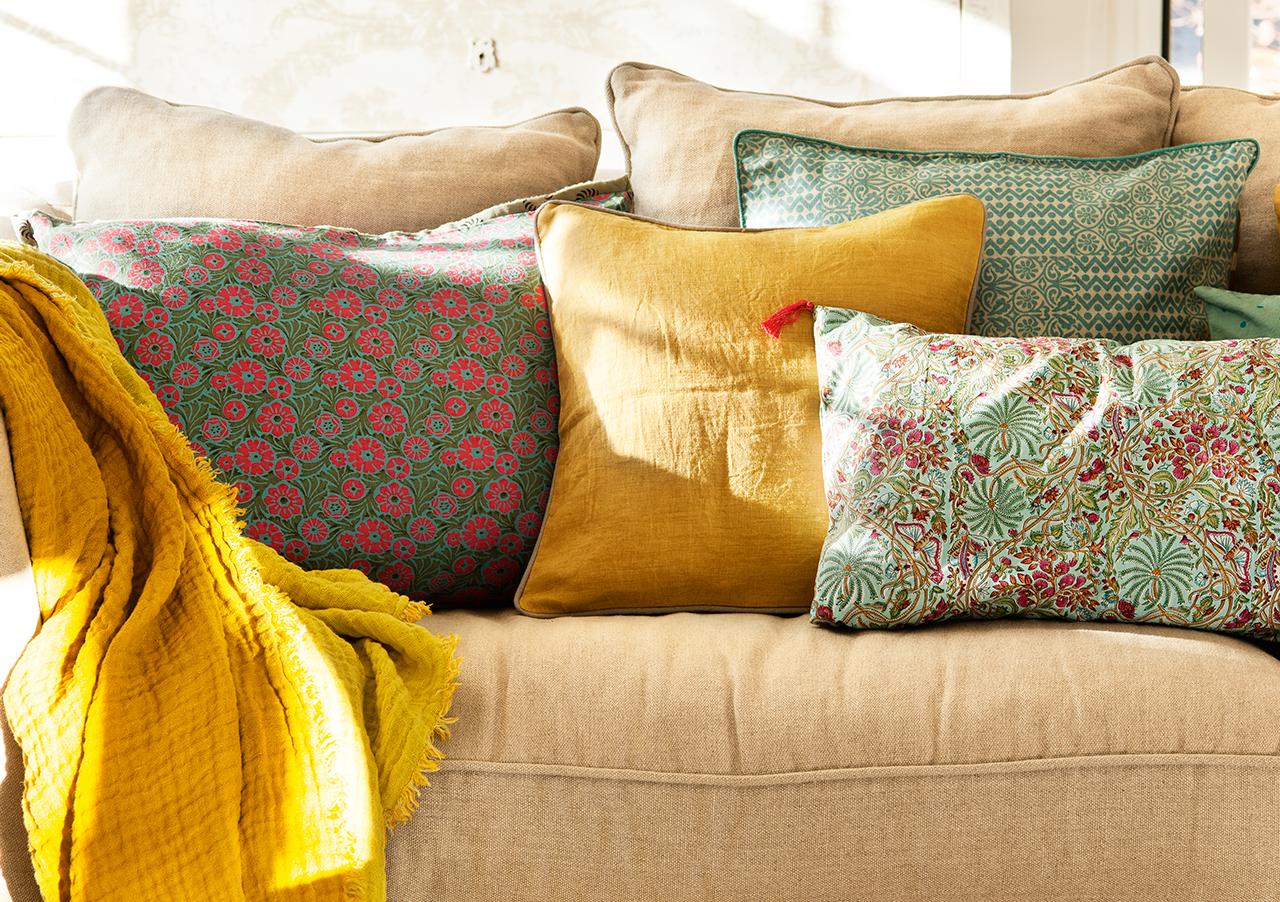 Cortinas y estores mi casa ideas para decorar tu casa for Cojines para sofas