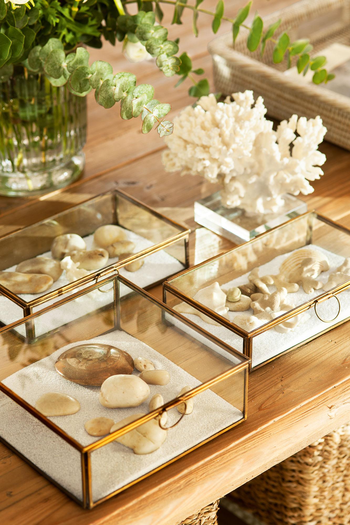 C mo decorar y aprovechar la mesa de centro - Como decorar un cristal de mesa ...