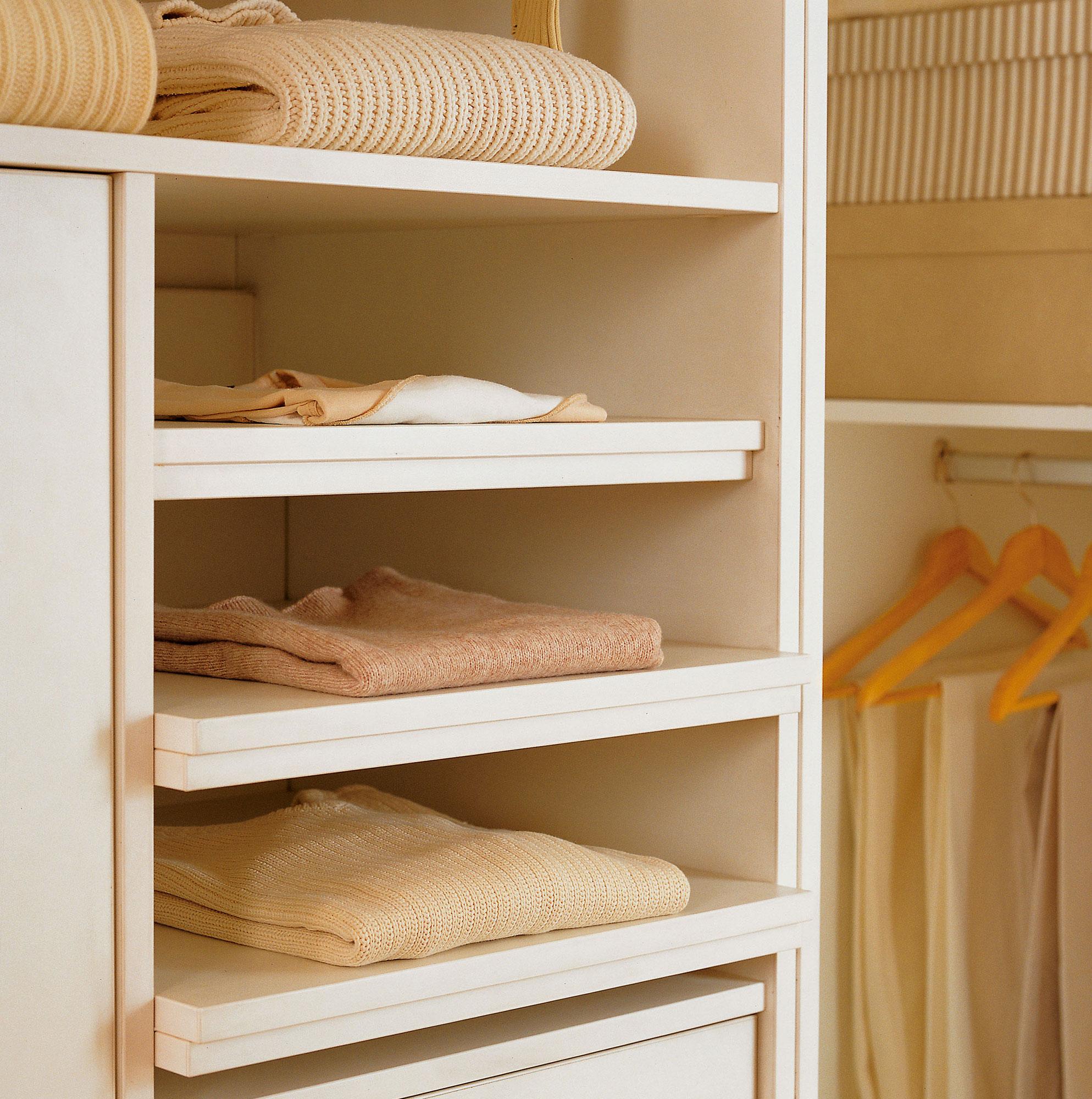 Armarios ordena mejor y duplica el espacio - Estantes para armarios empotrados ...