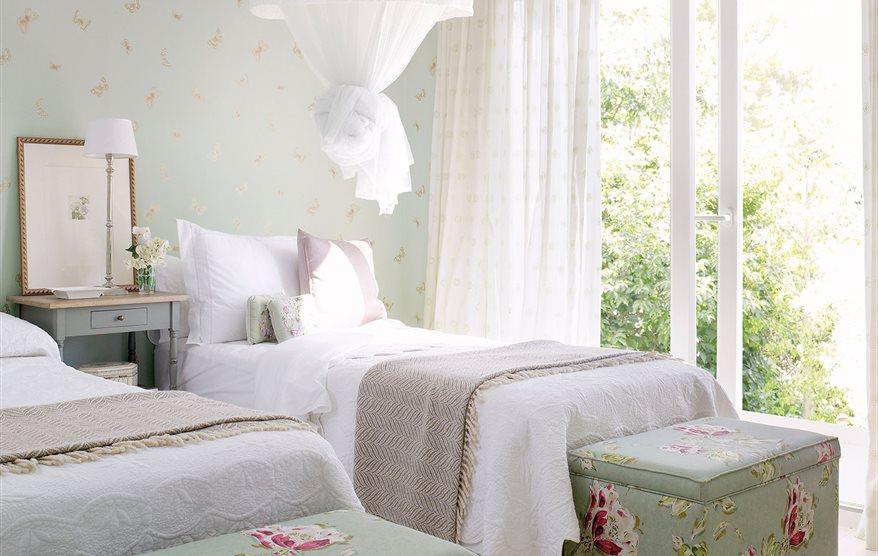 C mo elegir la cortina perfecta para cada ventana for Visillos dormitorio