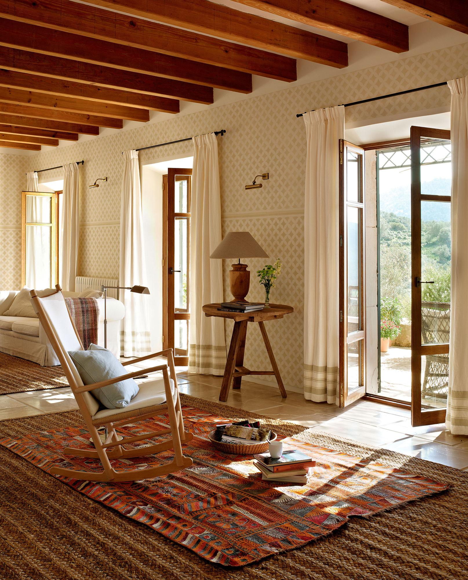30 ideas para renovar tu casa con un bajo presupuesto - Alfombras de salon ...