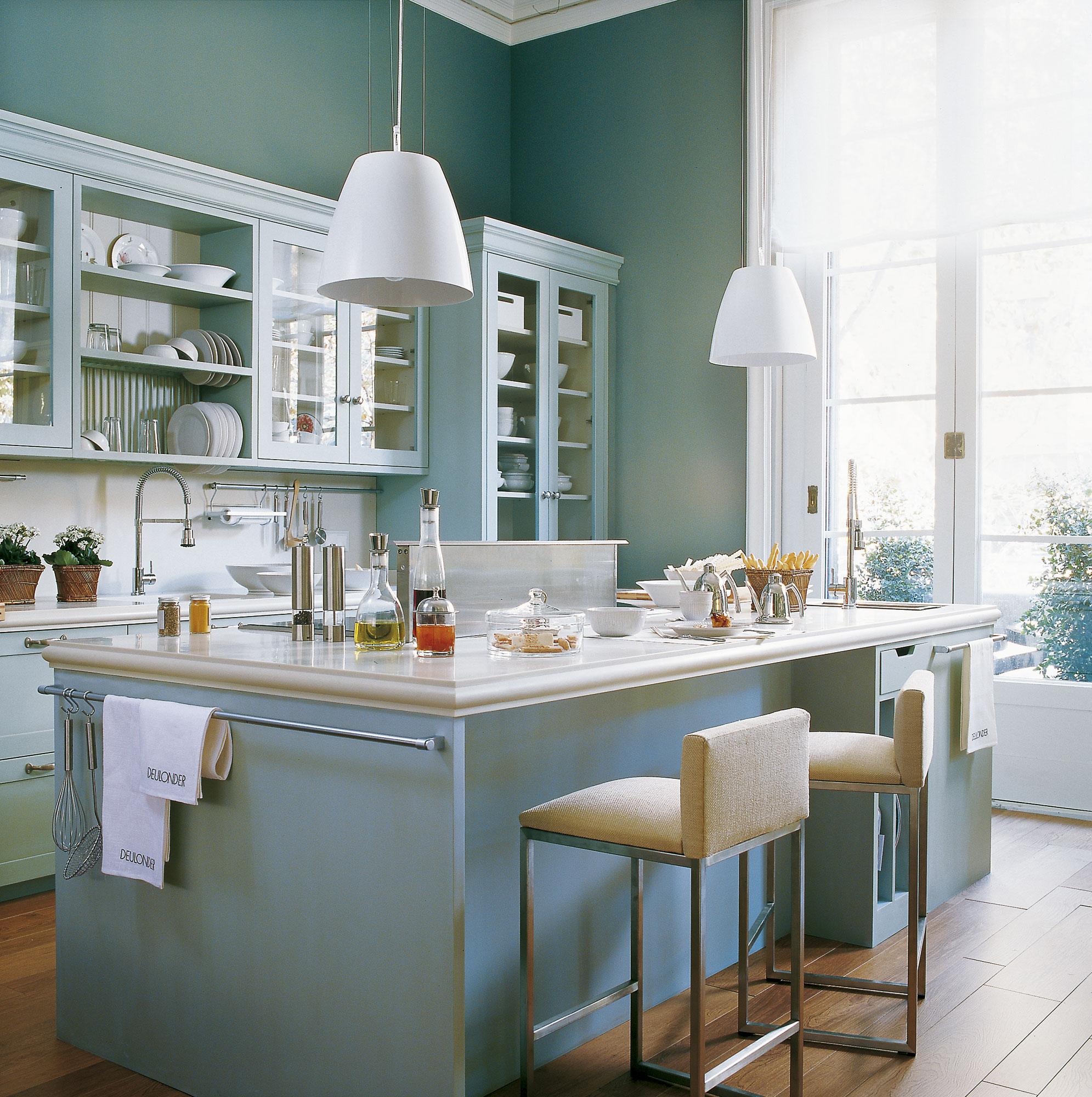Dise o de una cocina con barra de desayuno - Cocinas con parquet ...