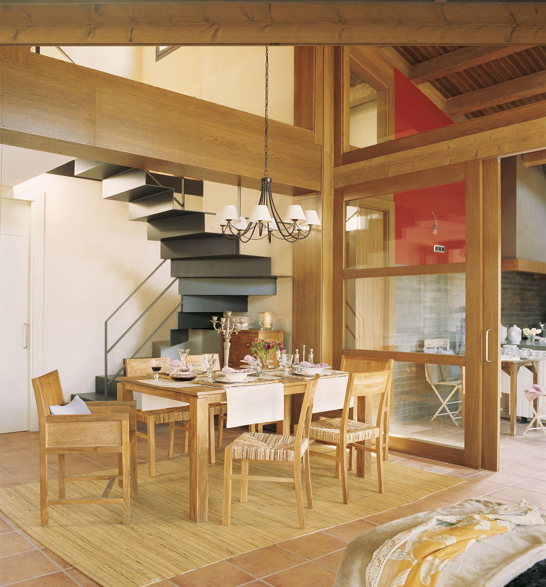 Cambiar puertas de cocina cool cocina abierta al saln for Puerta corredera cocina ikea