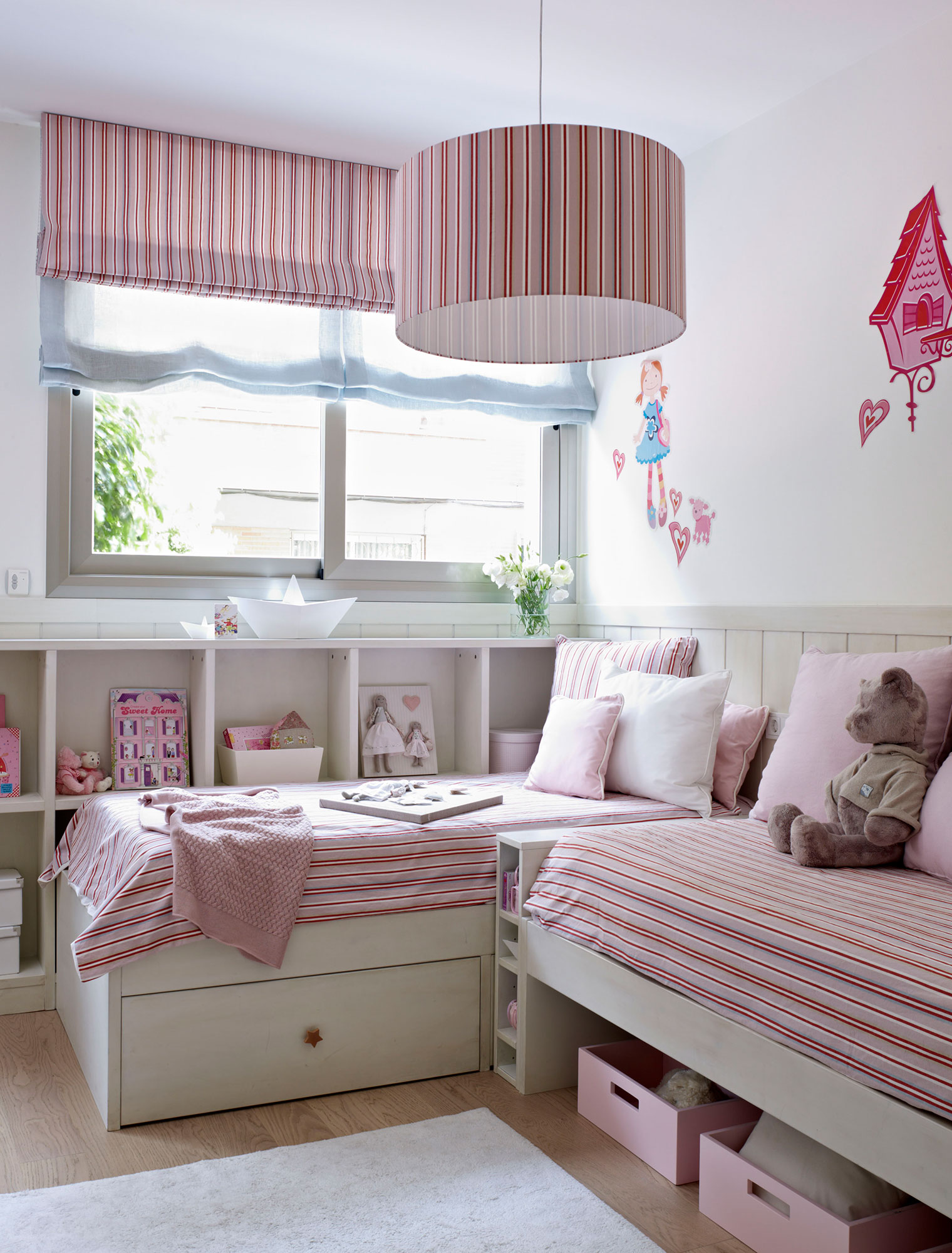 30 habitaciones para m s de dos ni os con buenas ideas for Cama 3 4 medidas