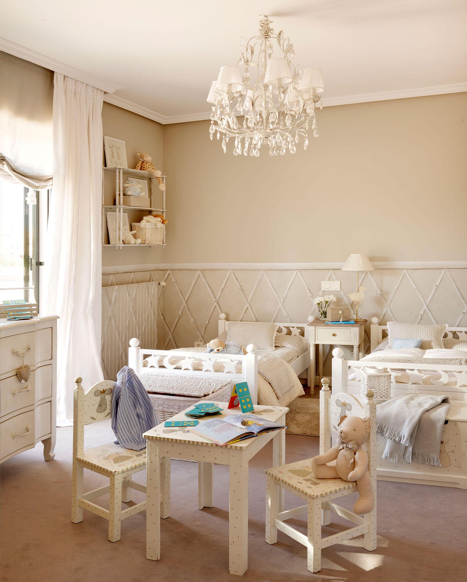 30 habitaciones para m s de dos ni os con buenas ideas - Juegos de decorar habitaciones grandes ...