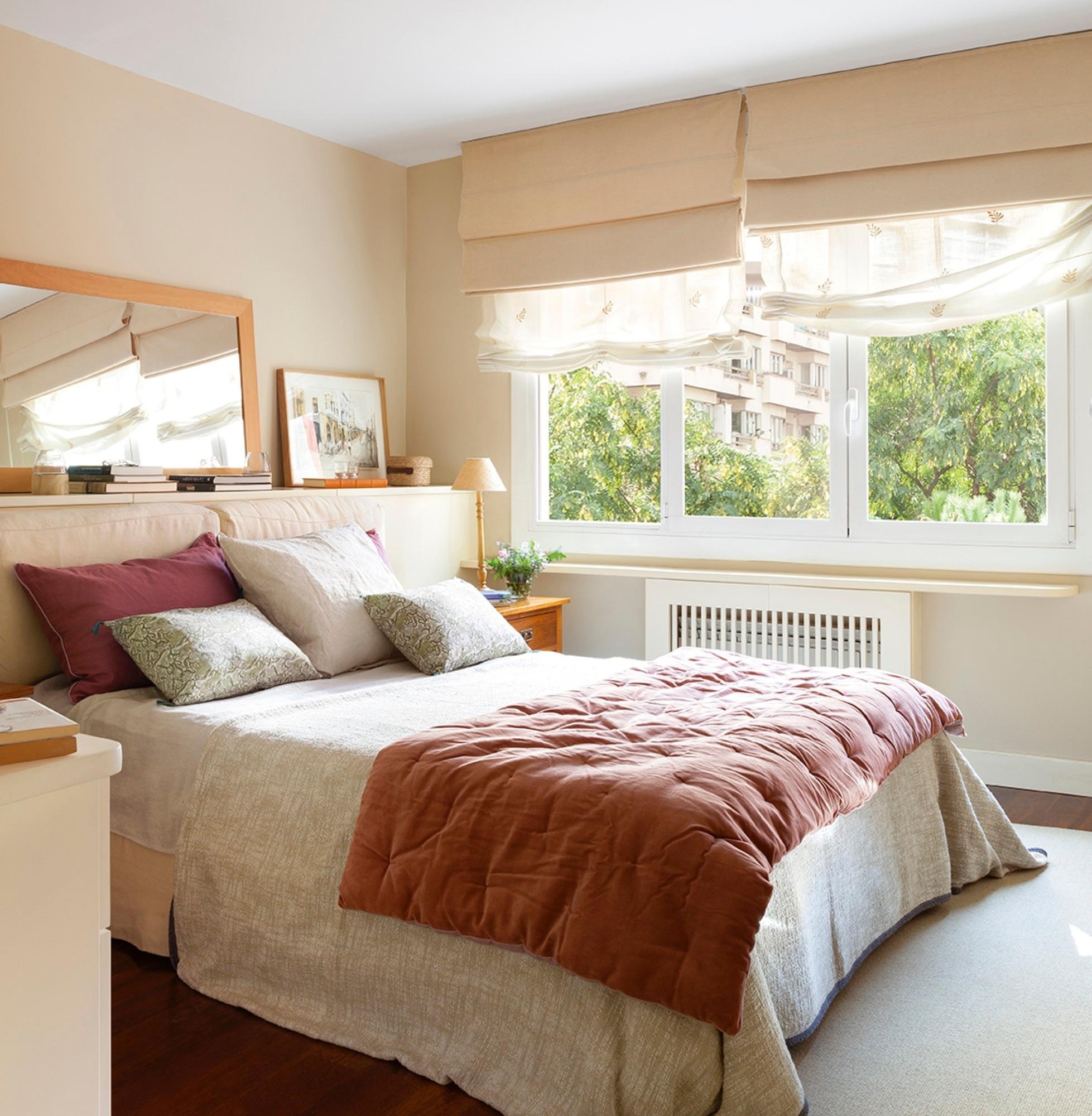 Casa reformada en barcelona despu s de tener ni os - Lamparas para dormitorios ...