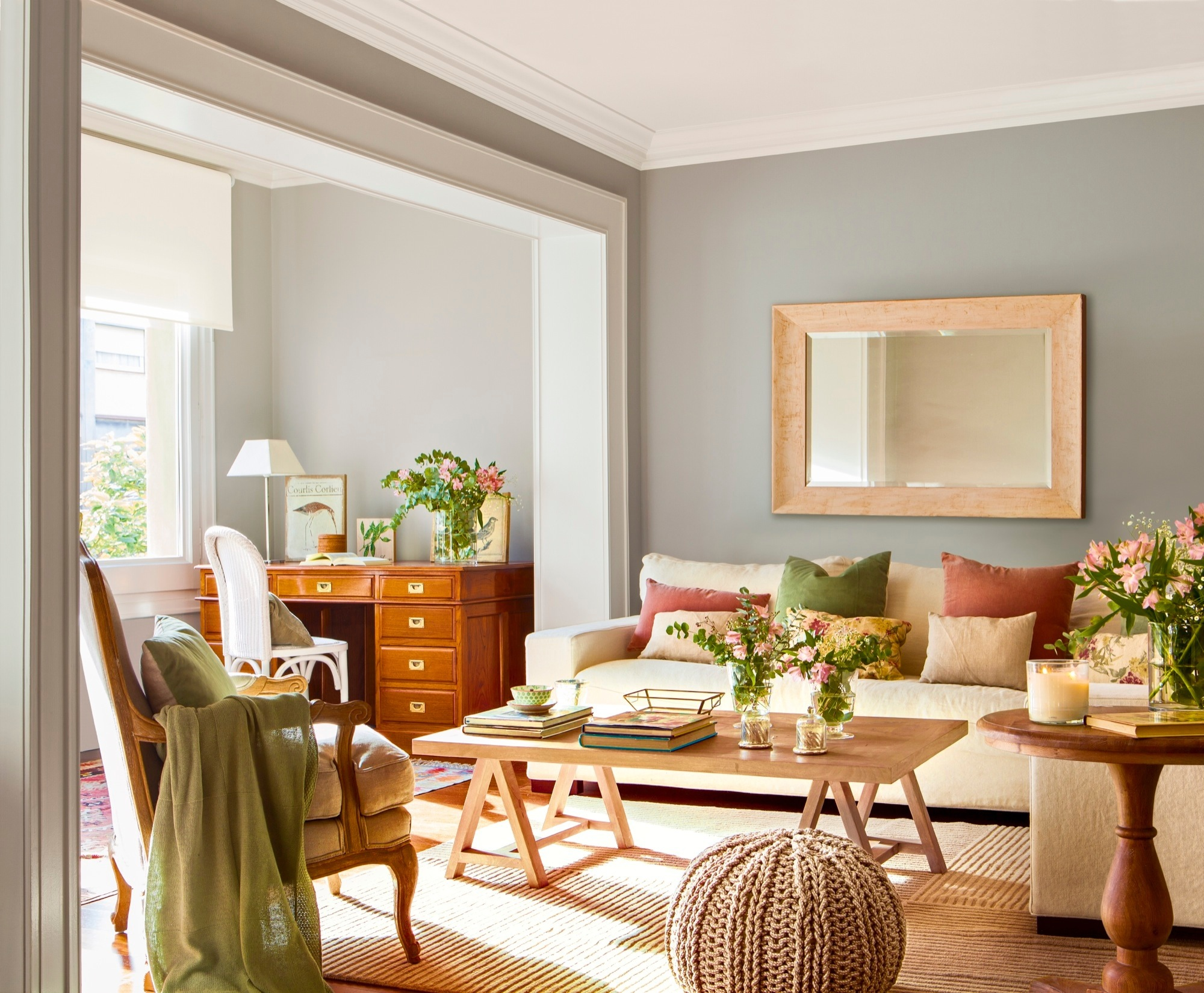 En esta casa de una familia numerosa s llueve a gusto de - Mesas para el sofa ...