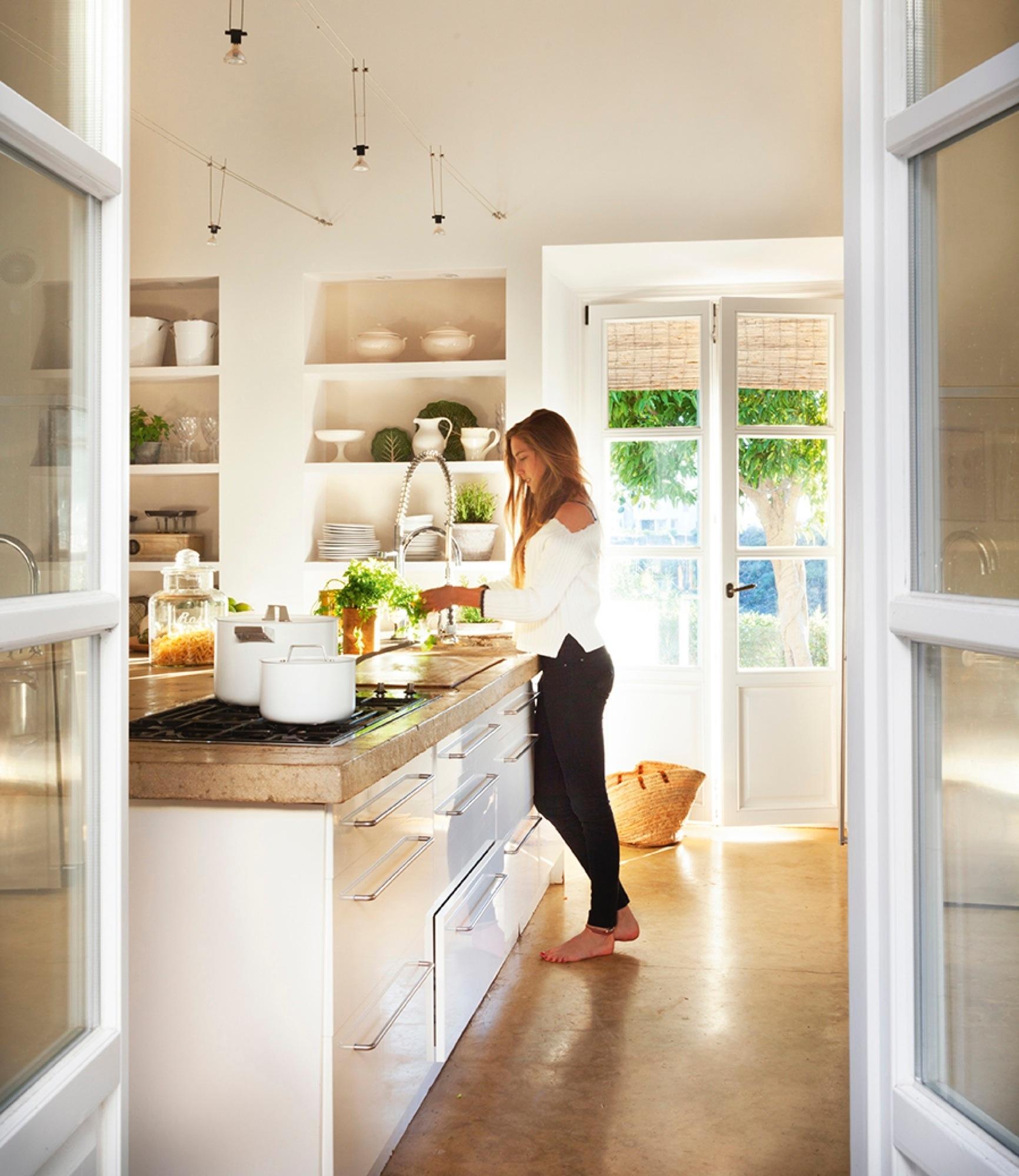 Un cortijo moderno en marbella for Cocinas marbella