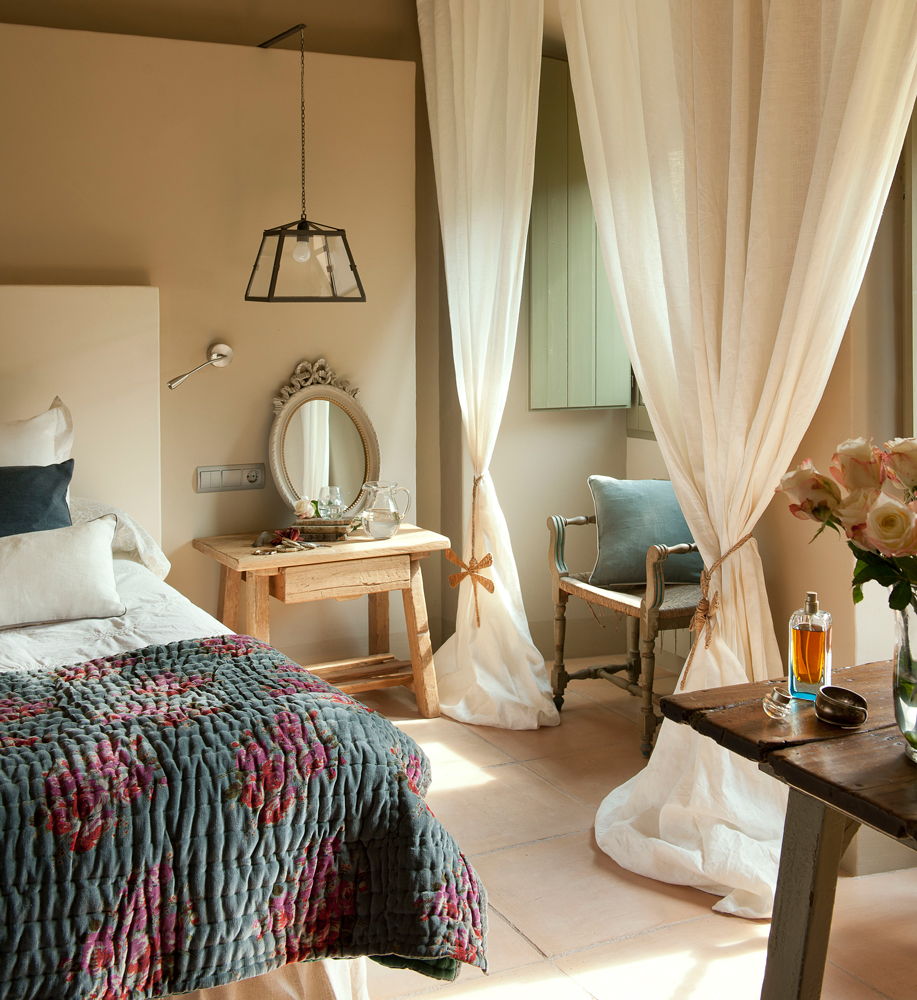 Decorar mesillas de noche great mesas conforama decorar for Conforama espejos dormitorio
