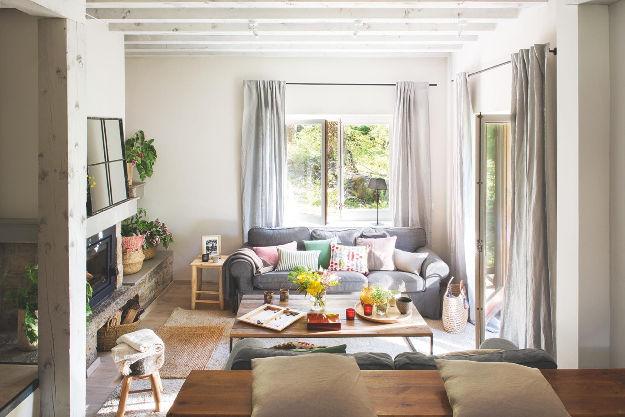 Una casa de monta a en el val d aran con aires n rdicos - Calma house cojines ...