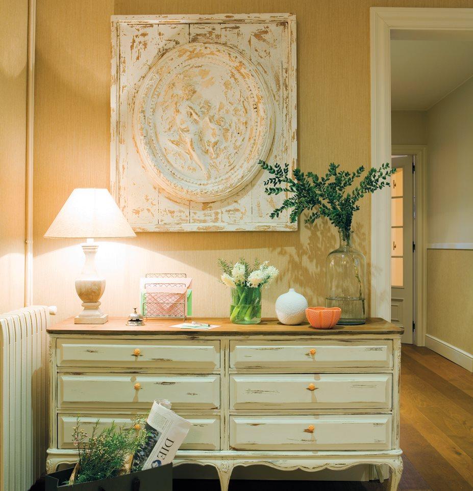 Qu color sienta mejor a tu casa for Comoda recibidor