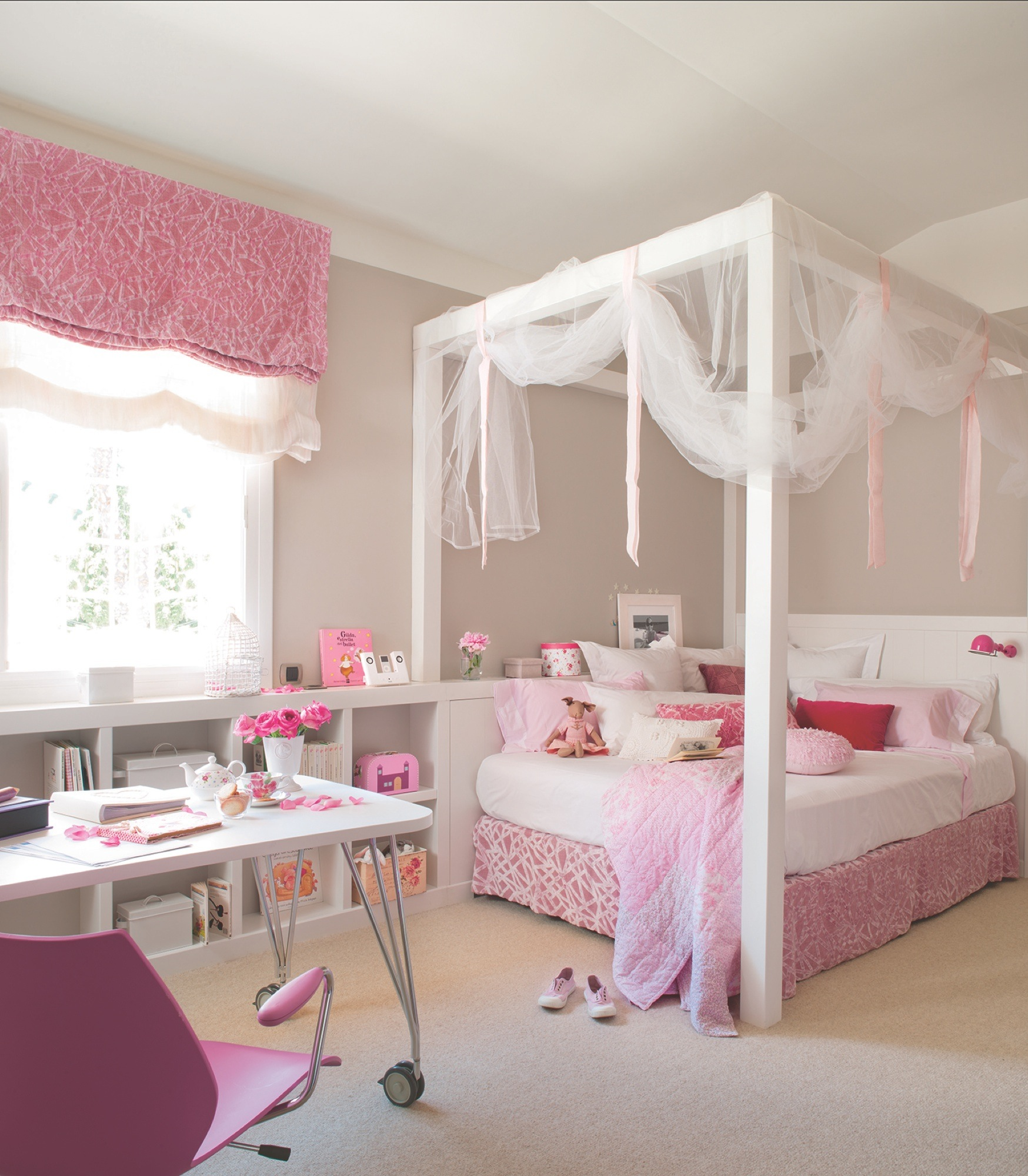 Recamara vintage rosa recmara king size en color miel for Cama divan nina