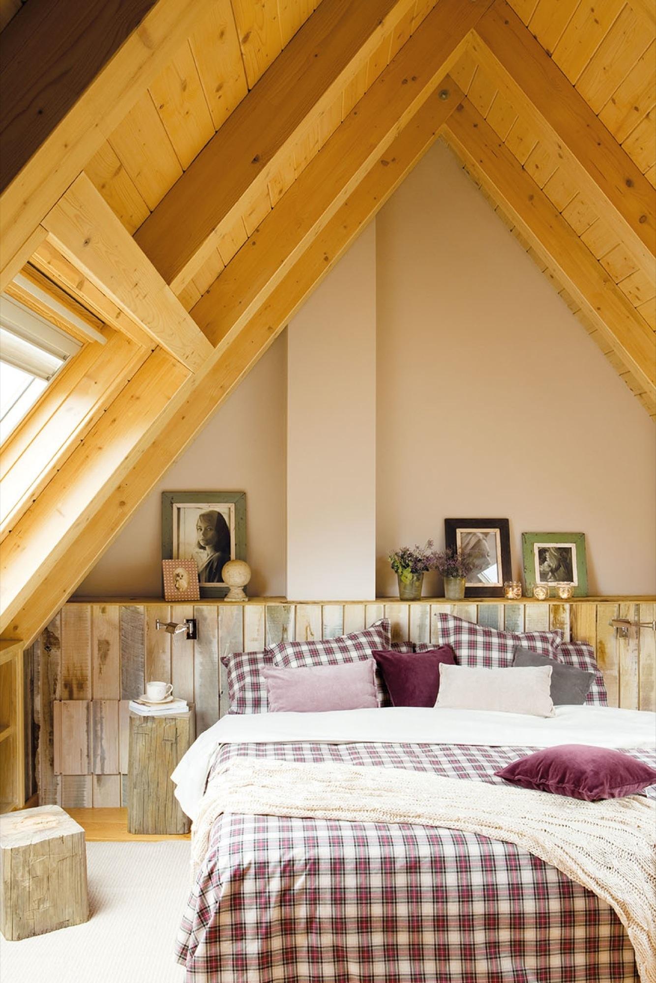Dormitorios r sticos con mucho encanto for Modelo de tapiceria para dormitorio adulto