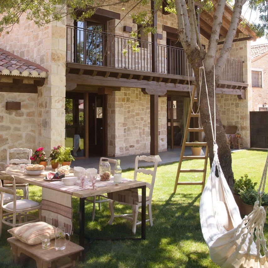 Los comedores de verano m s bonitos for Decoracion exterior jardin contemporaneo
