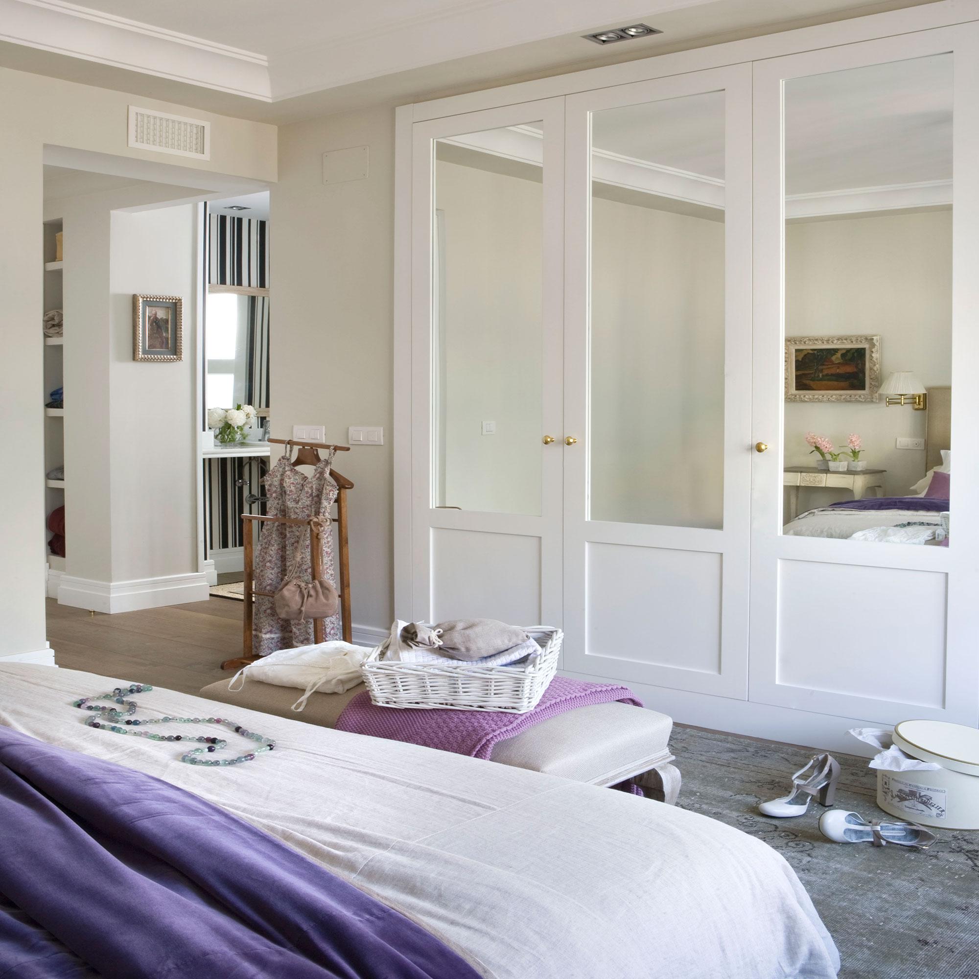 7 armarios para el dormitorio pr cticos y decorativos for Roperos empotrados para dormitorios con espejo