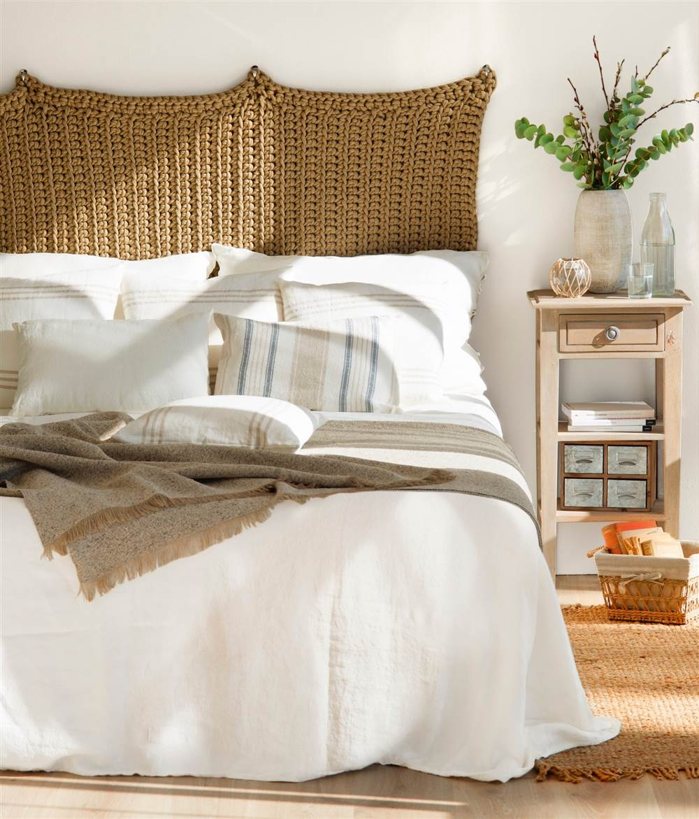4 ideas f ciles y low cost para personalizar tu cabecero - Cojin para cabecero de cama ...