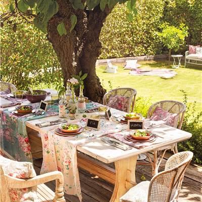 Mesas de comedor for Muebles comedor exterior