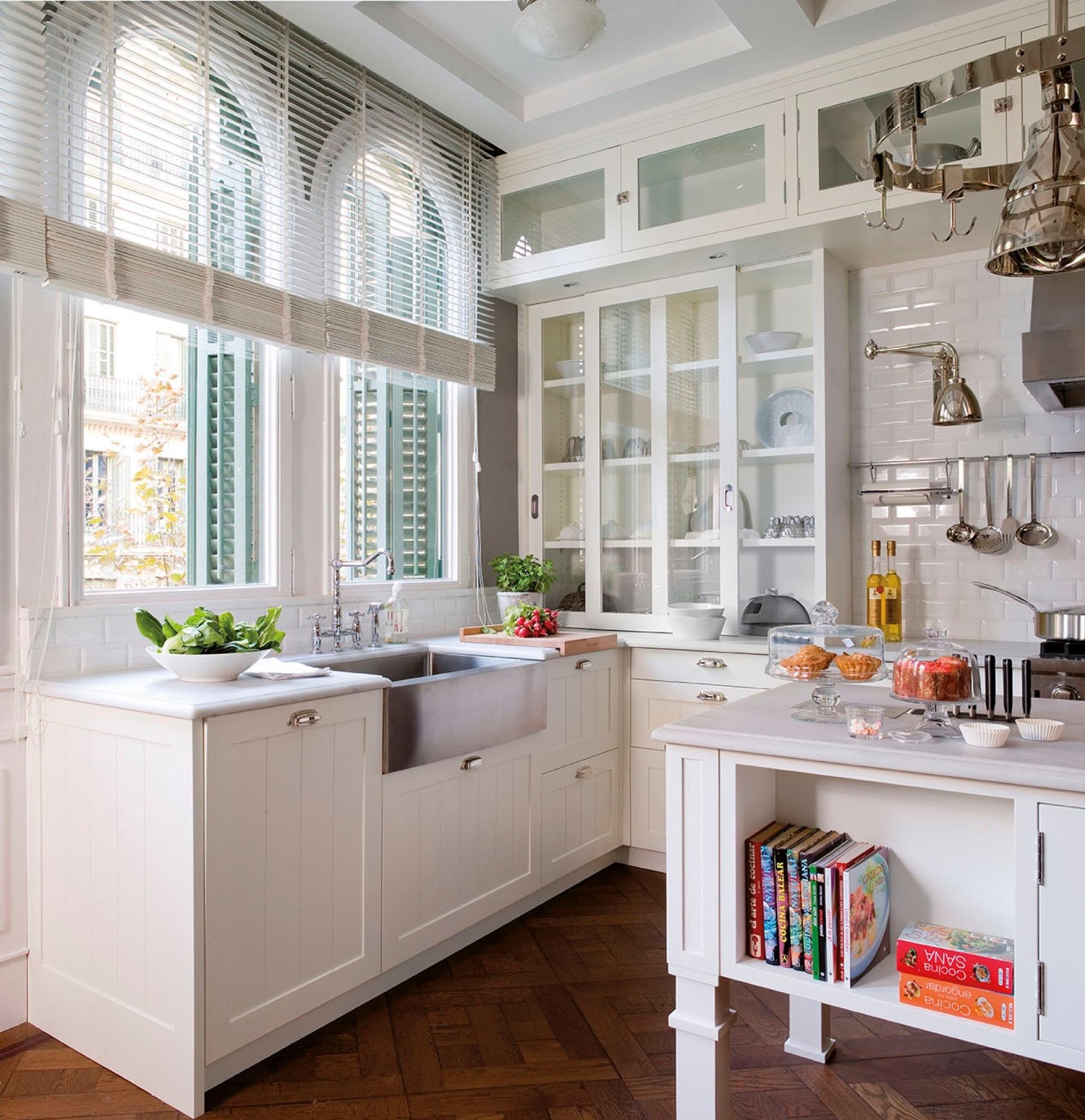 Una amplia cocina \'american style\'