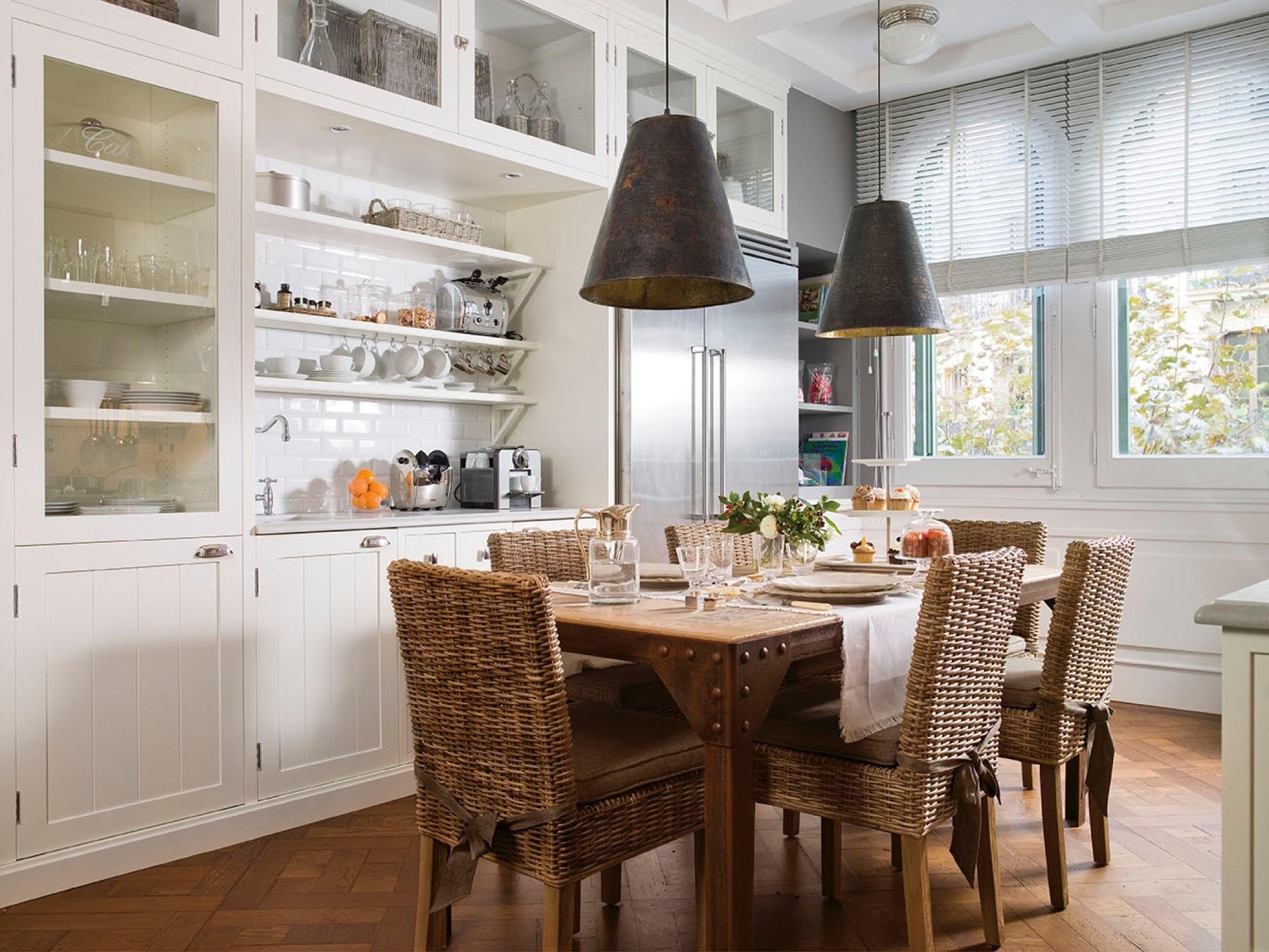Una amplia cocina 39 american style 39 for Mueble cocina americana