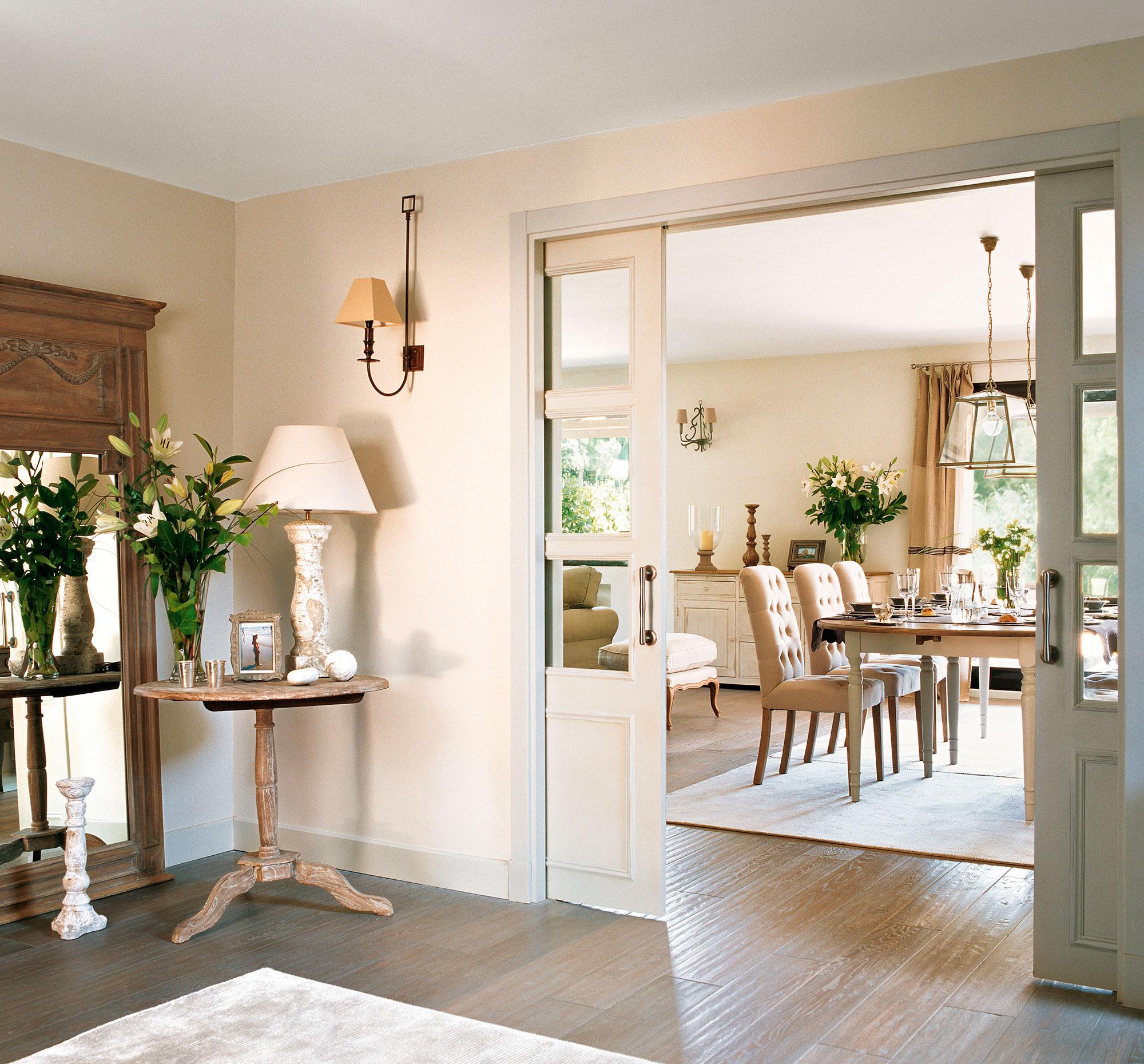 Instala una puerta corredera en casa y gana 1 5 m2 reales - Puertas cristal corredera ...