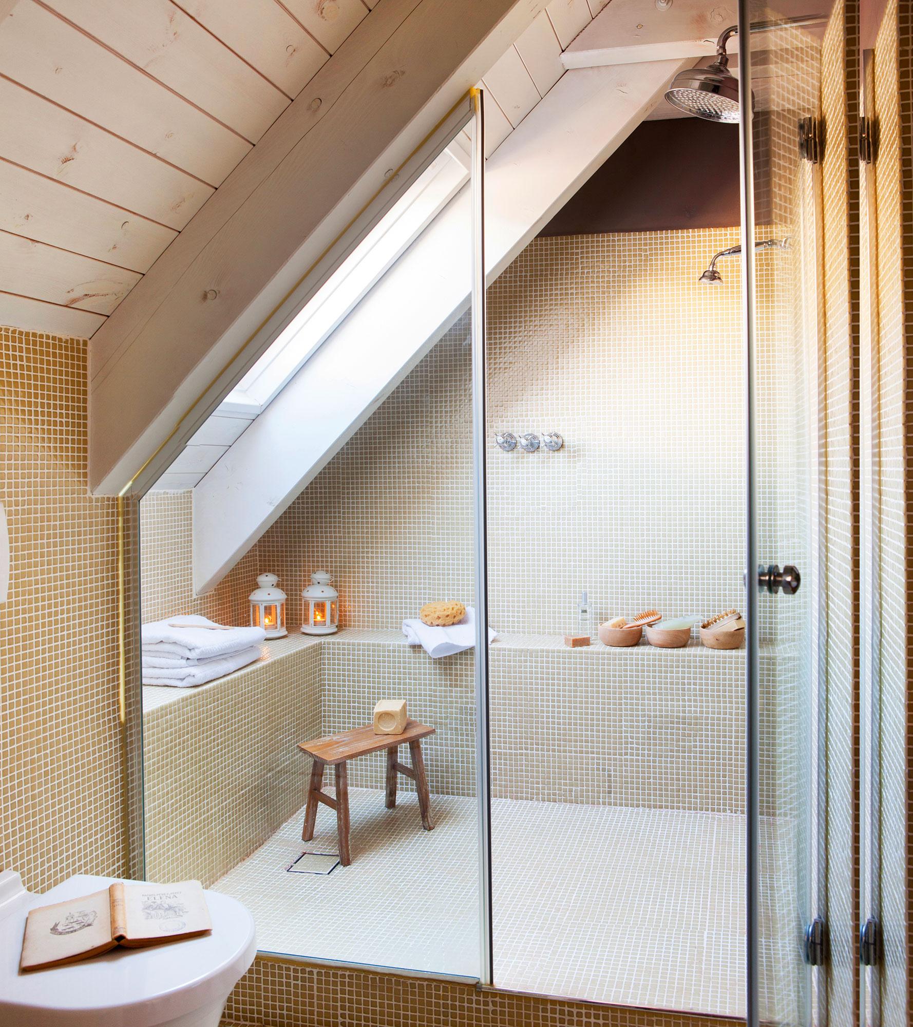 Por qu es mejor instalar un plato de ducha en vez de una - Como montar mampara de ducha ...