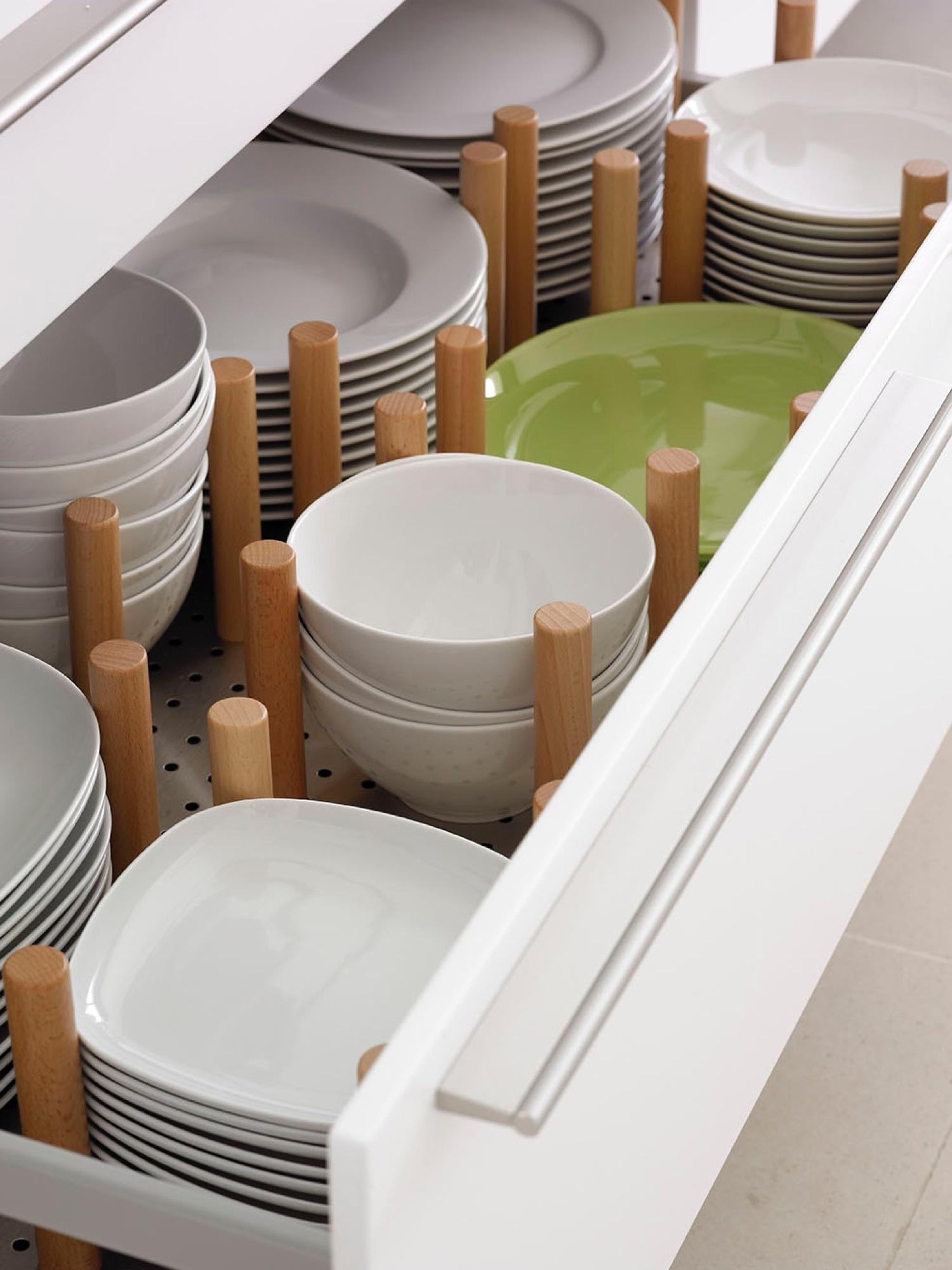 Orden en la cocina consejos y trucos para guardarlo todo for Platos de cocina
