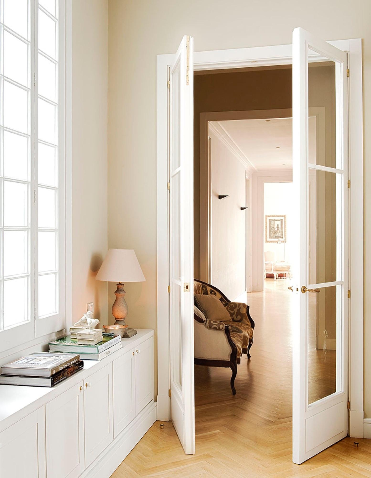 Pasillos todo sobre la decoraci n de pasillos con encanto for Puertas acristaladas interior